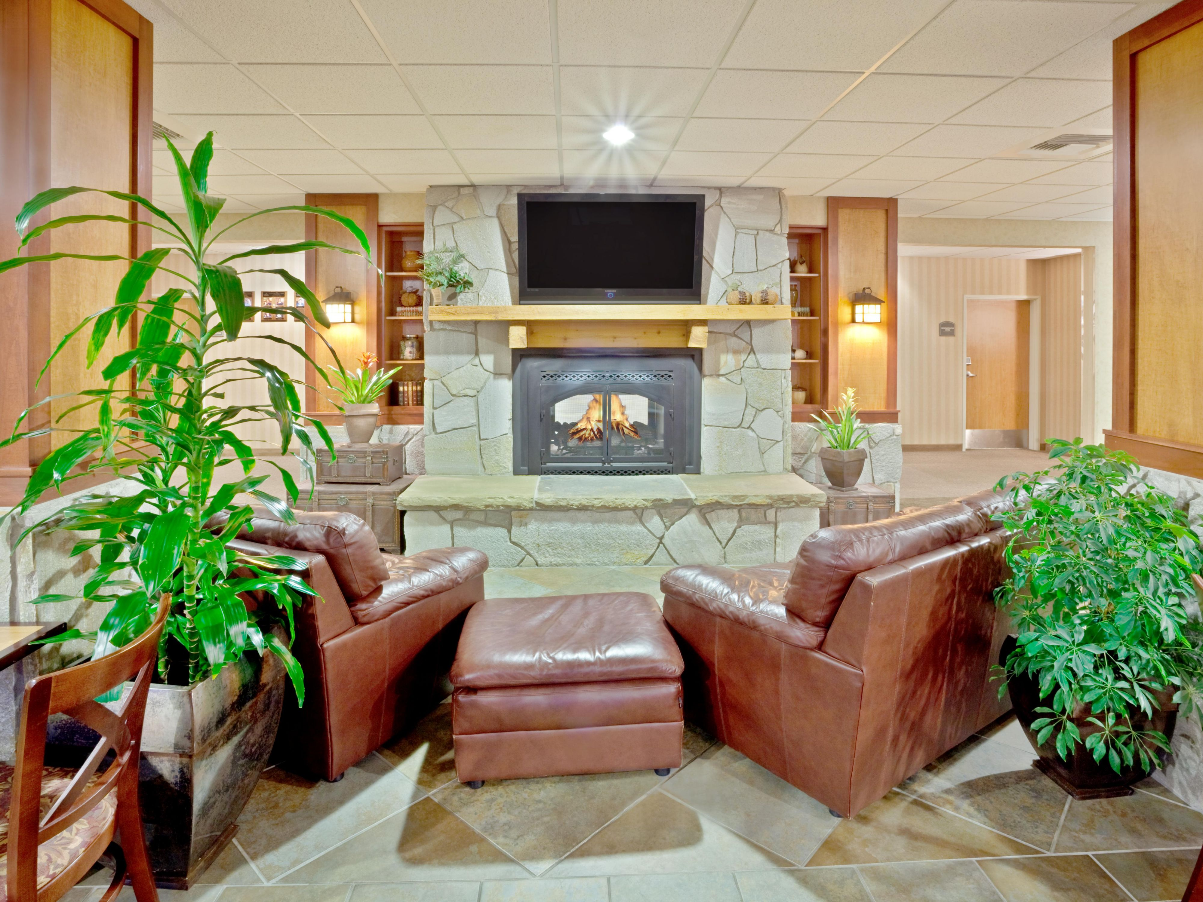 Holiday Inn Express Cheney - Guest Lounge