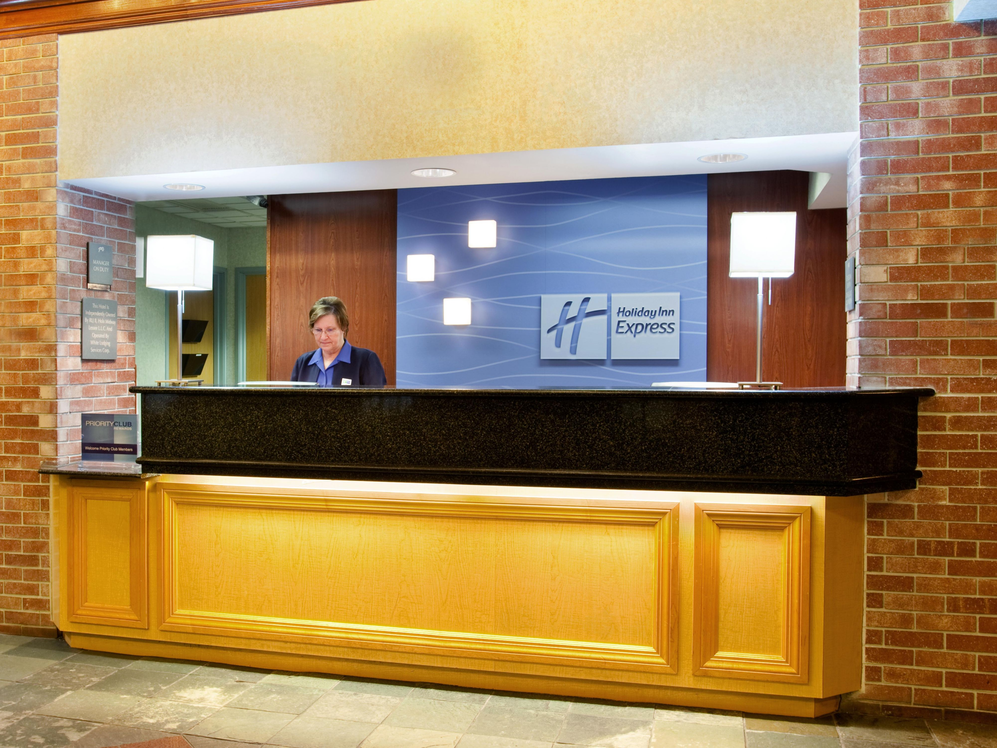 Friendly Staff at Holiday Inn Express Chicago Midway