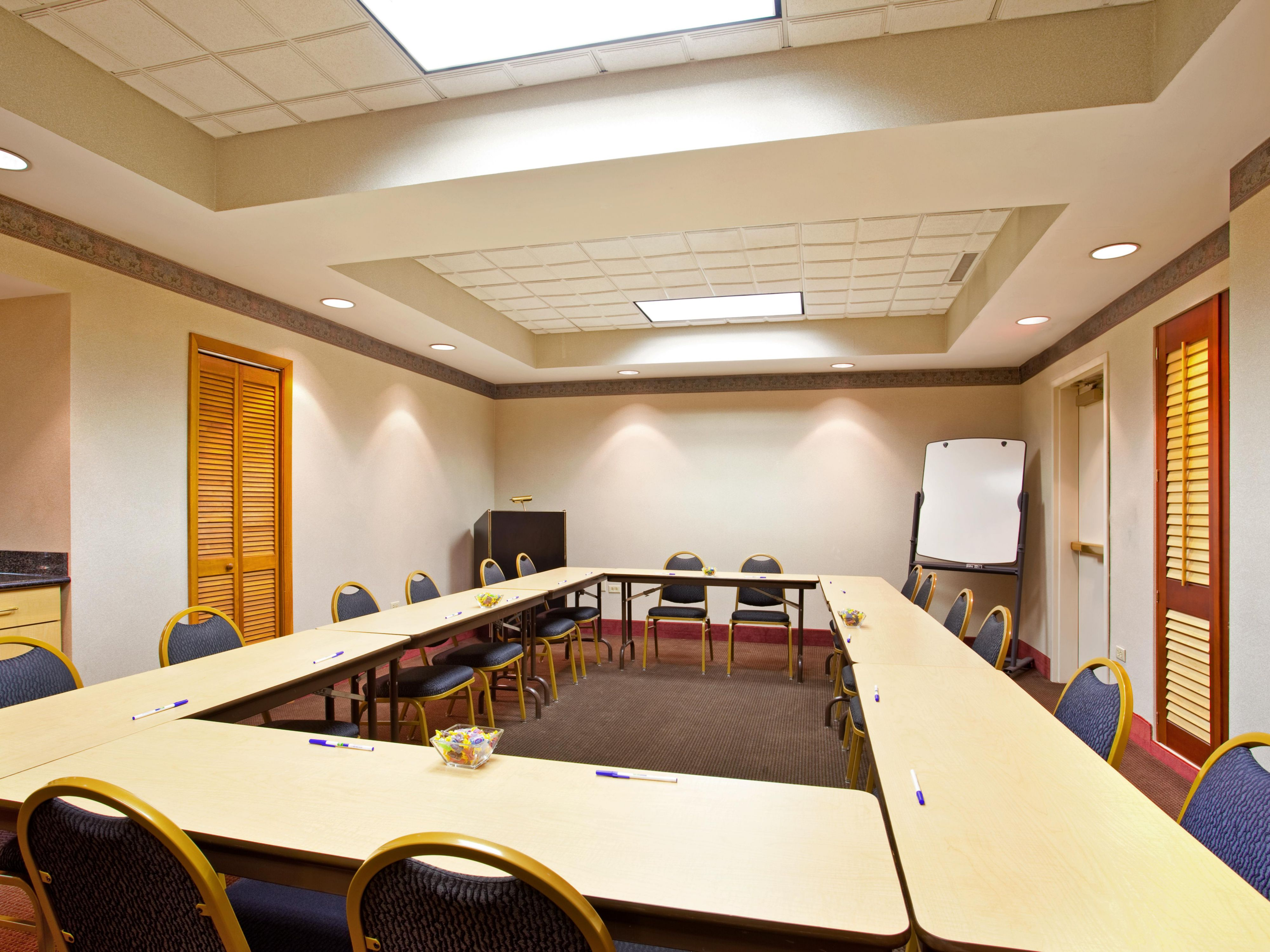 Meeting Room near Chicago Midway Airport
