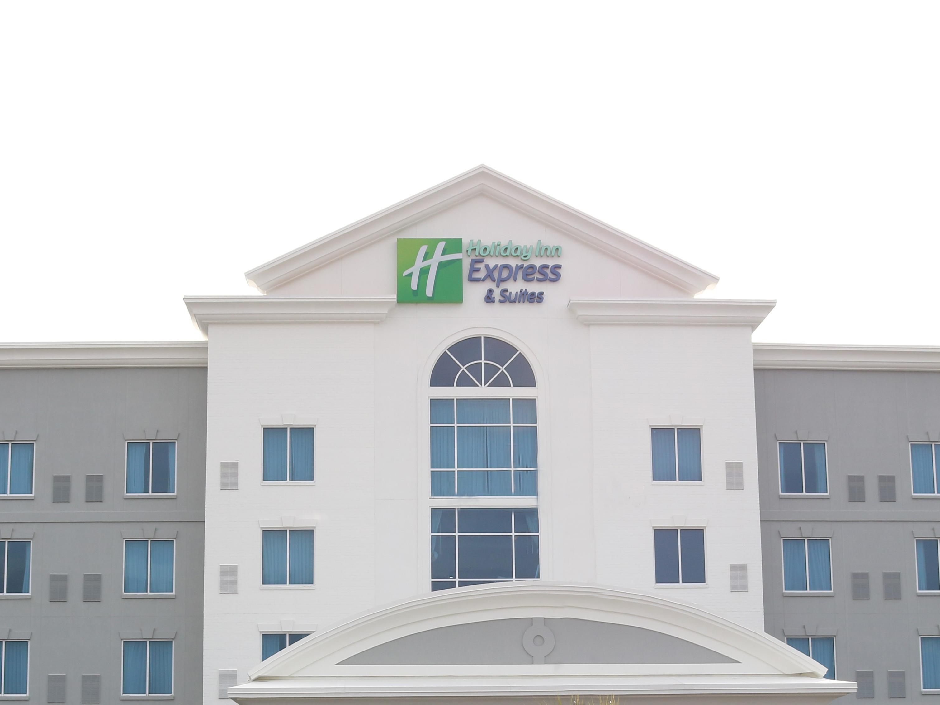 7cc283debd3 Holiday Inn Express   Suites Columbia-Fort Jackson Hotel by IHG