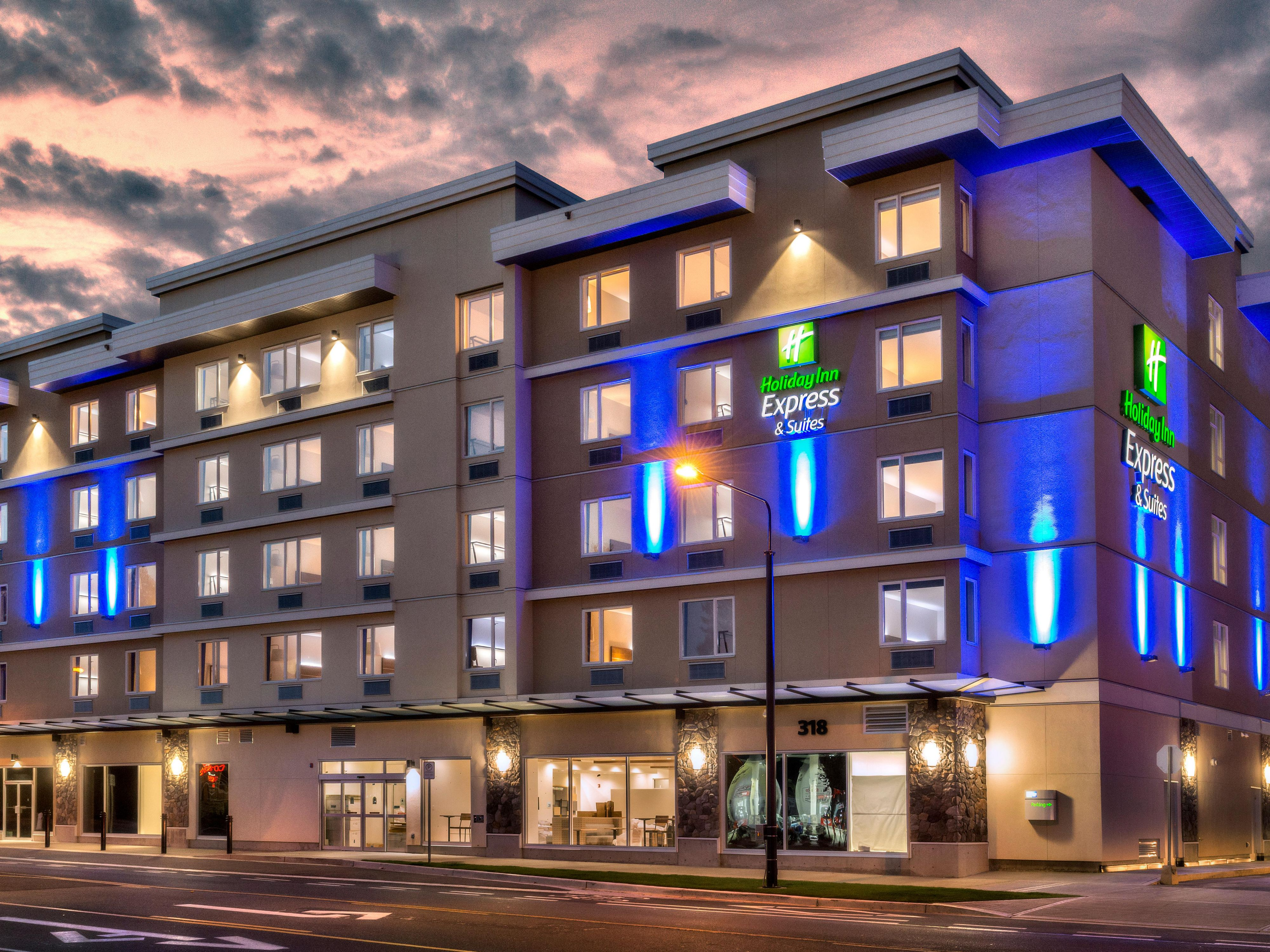 Holiday Inn Express Suites Victoria Colwood Hotel In Colwood By Ihg
