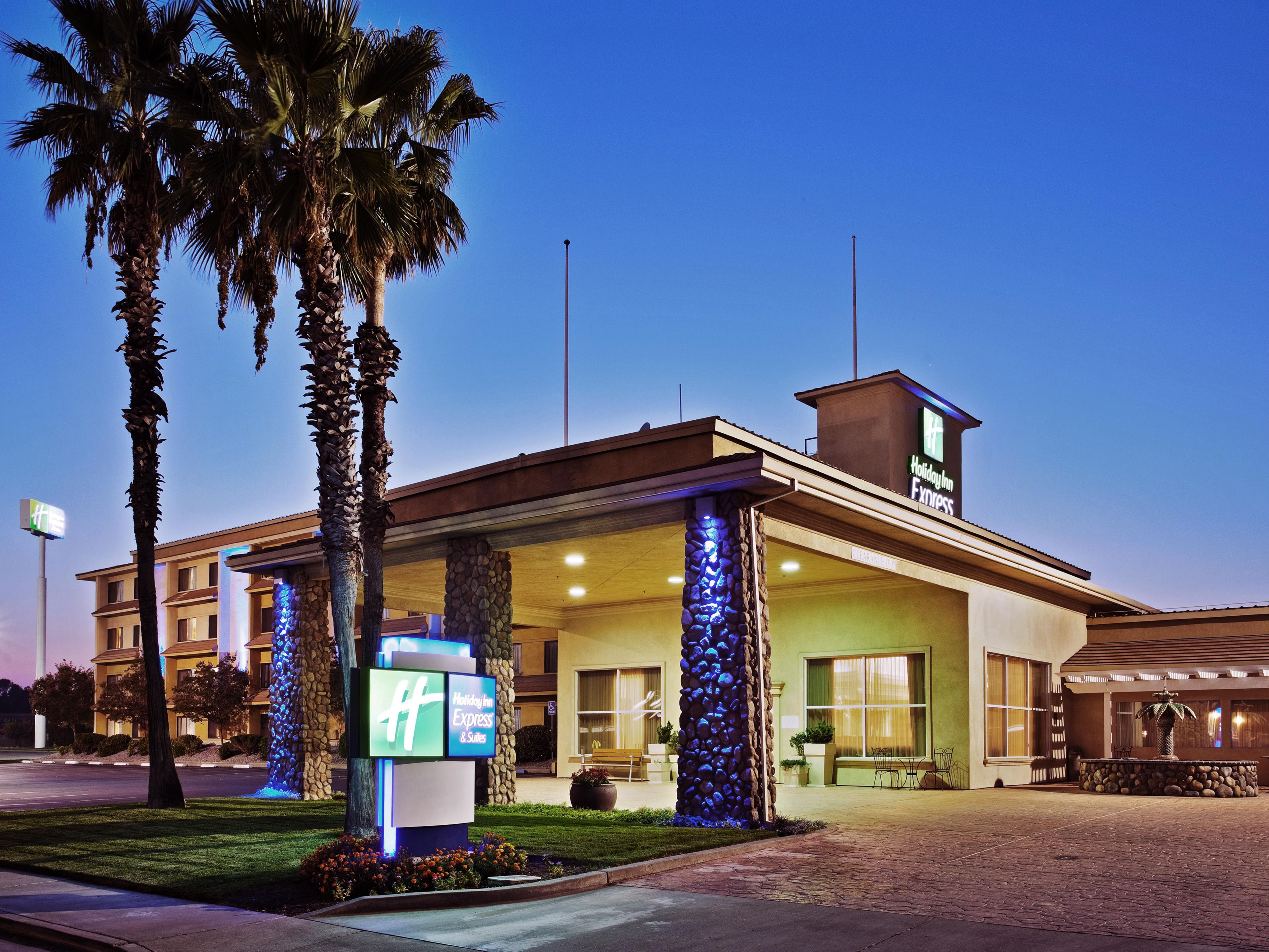 Holiday Inn Express Suites Corning