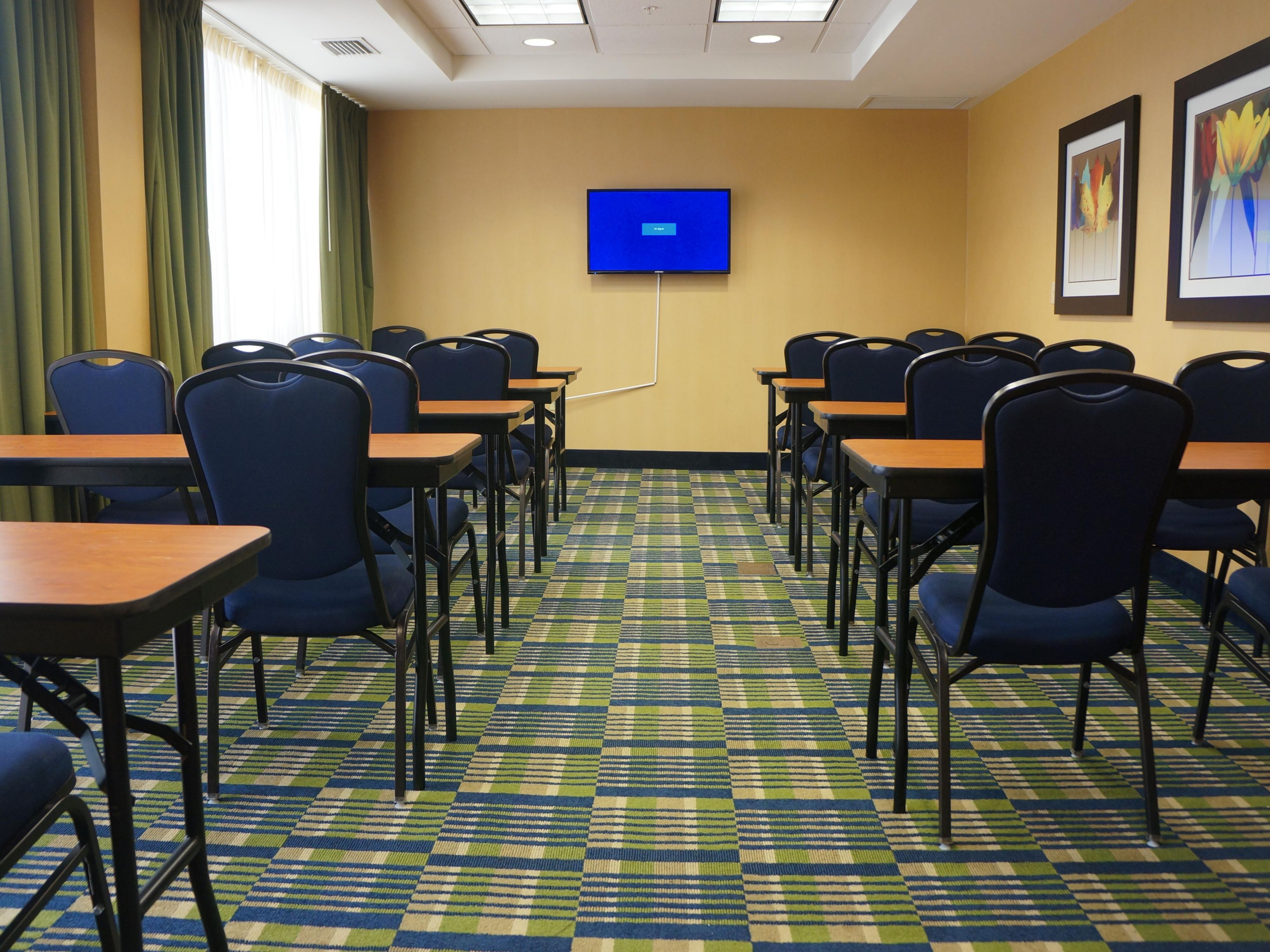 Class room setting or more for your next meeting with ocean view