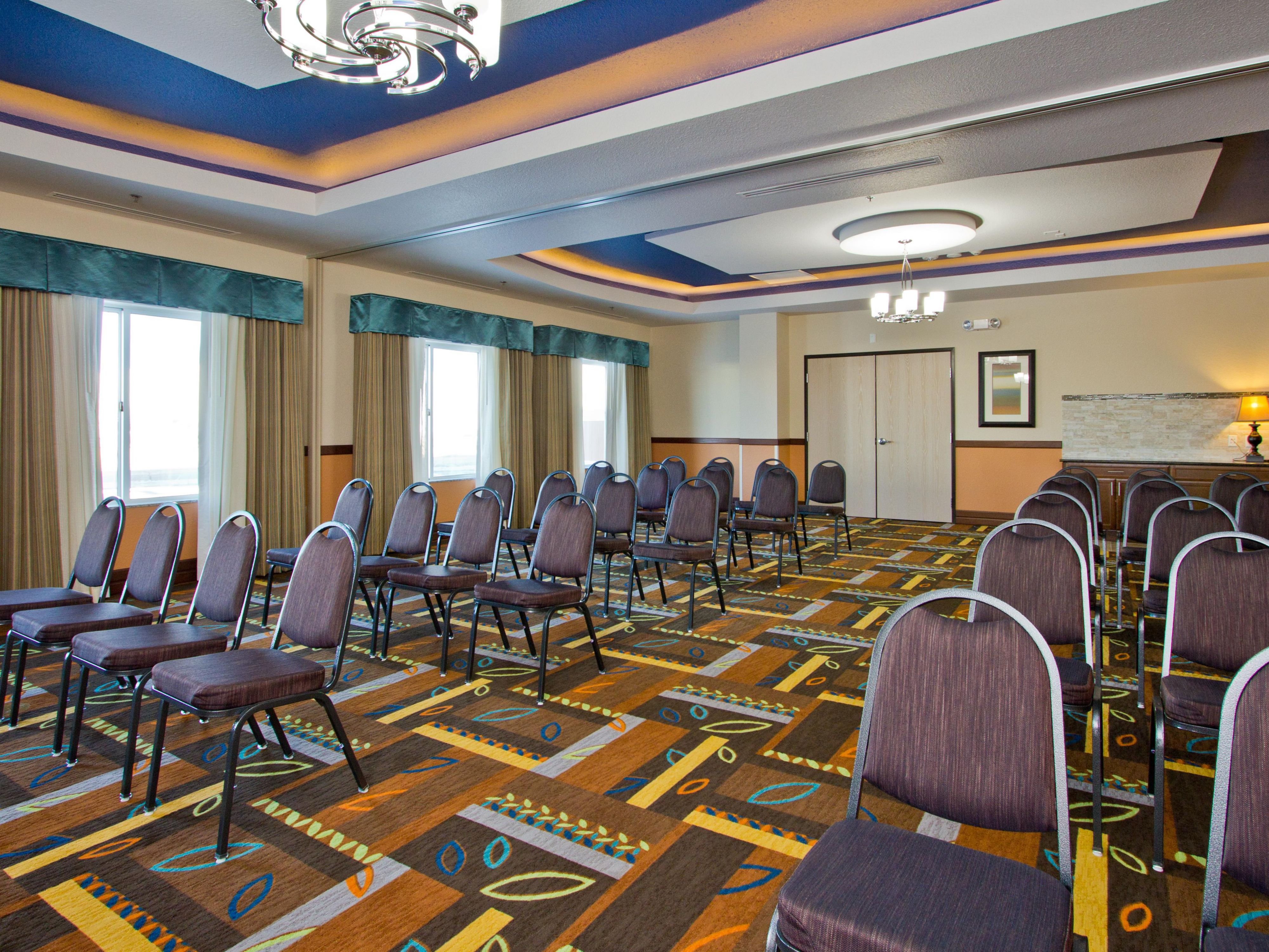 Holiday Inn Express and Suites Conference Room Meeting Space