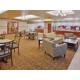 Holiday Inn Express & Suites Dinuba West Breakfast Bar