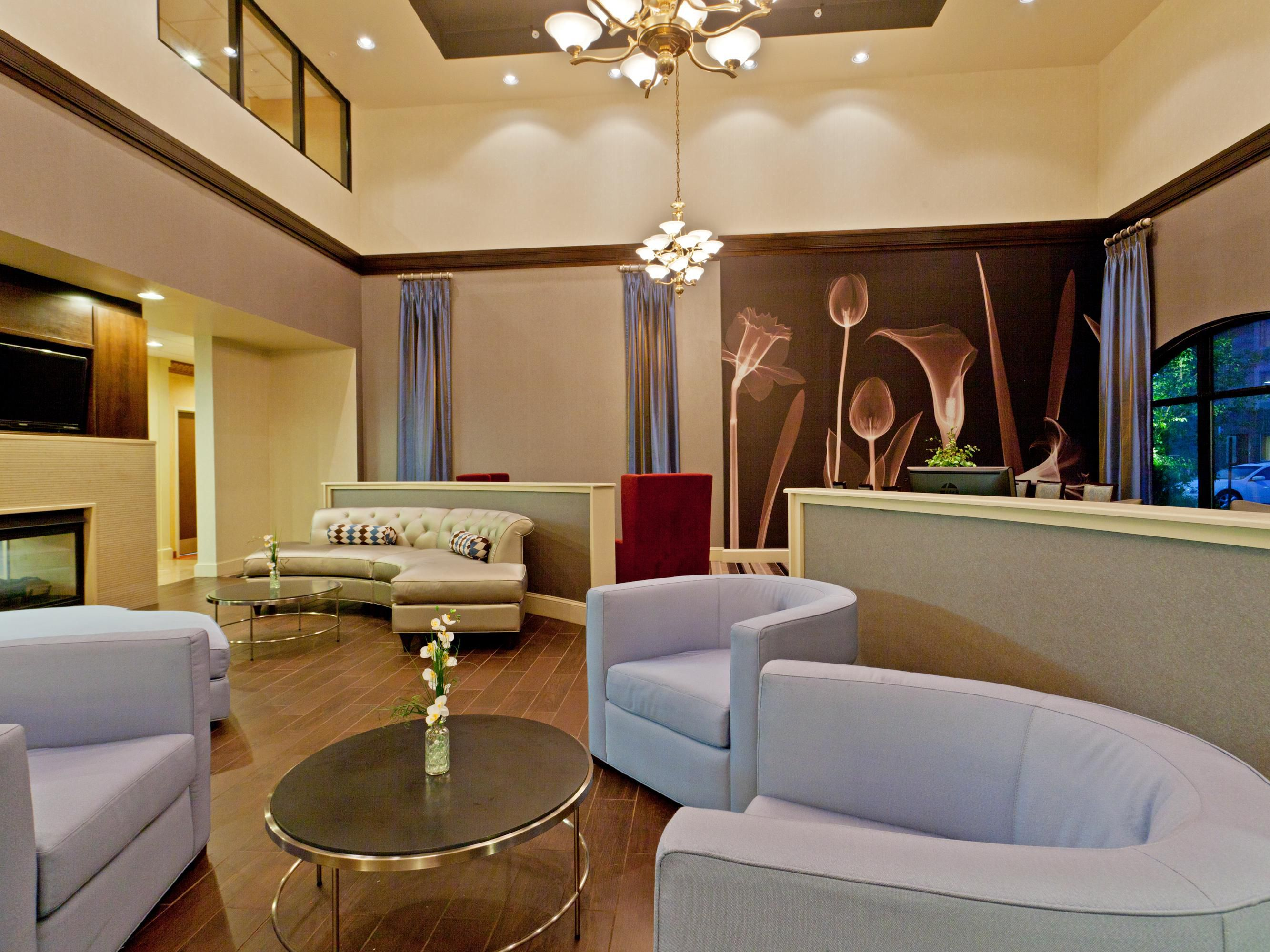 Enjoy your stay in our Modern Lobby