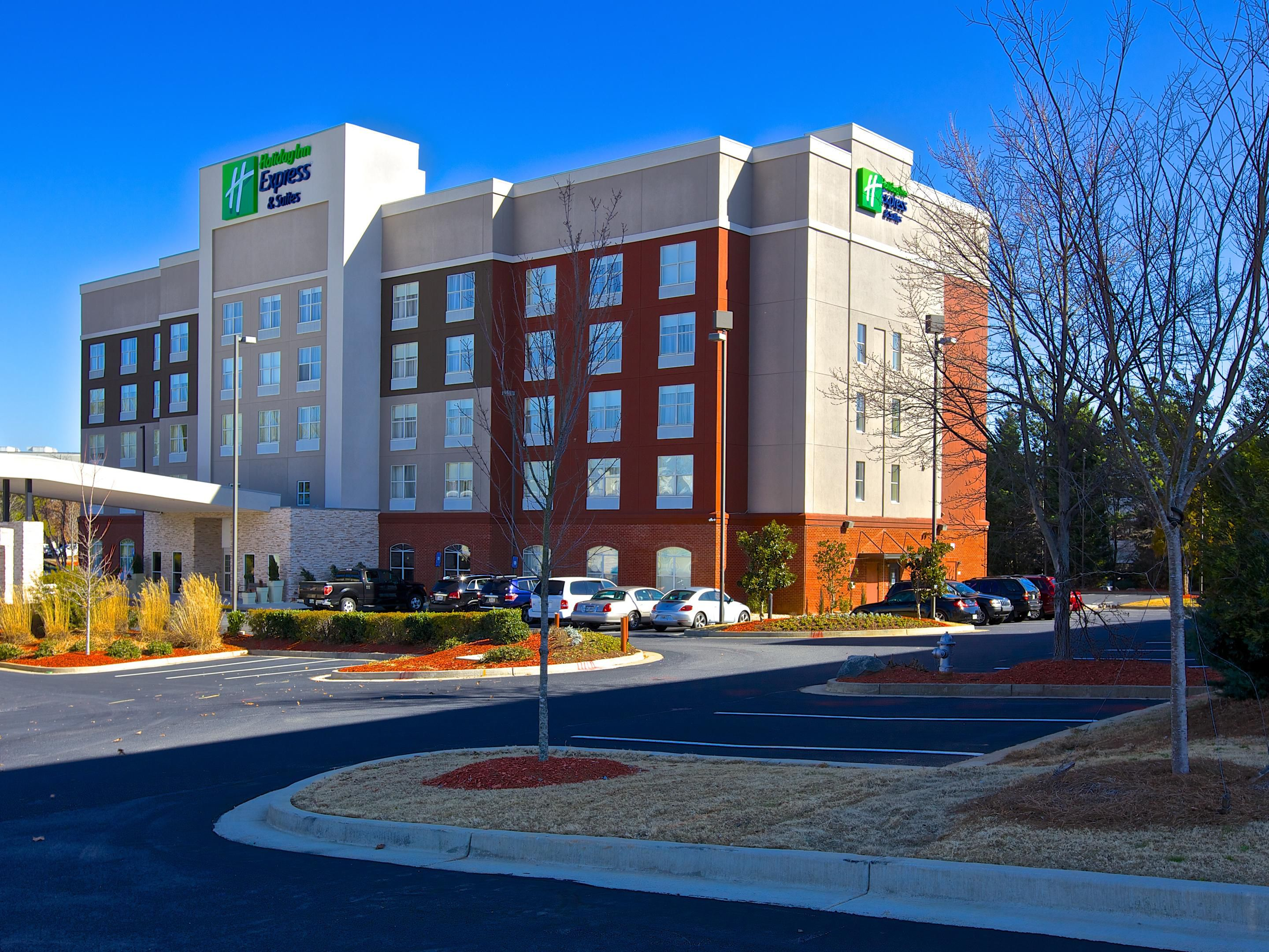 holiday inn express suites duluth mall area hotel in. Black Bedroom Furniture Sets. Home Design Ideas