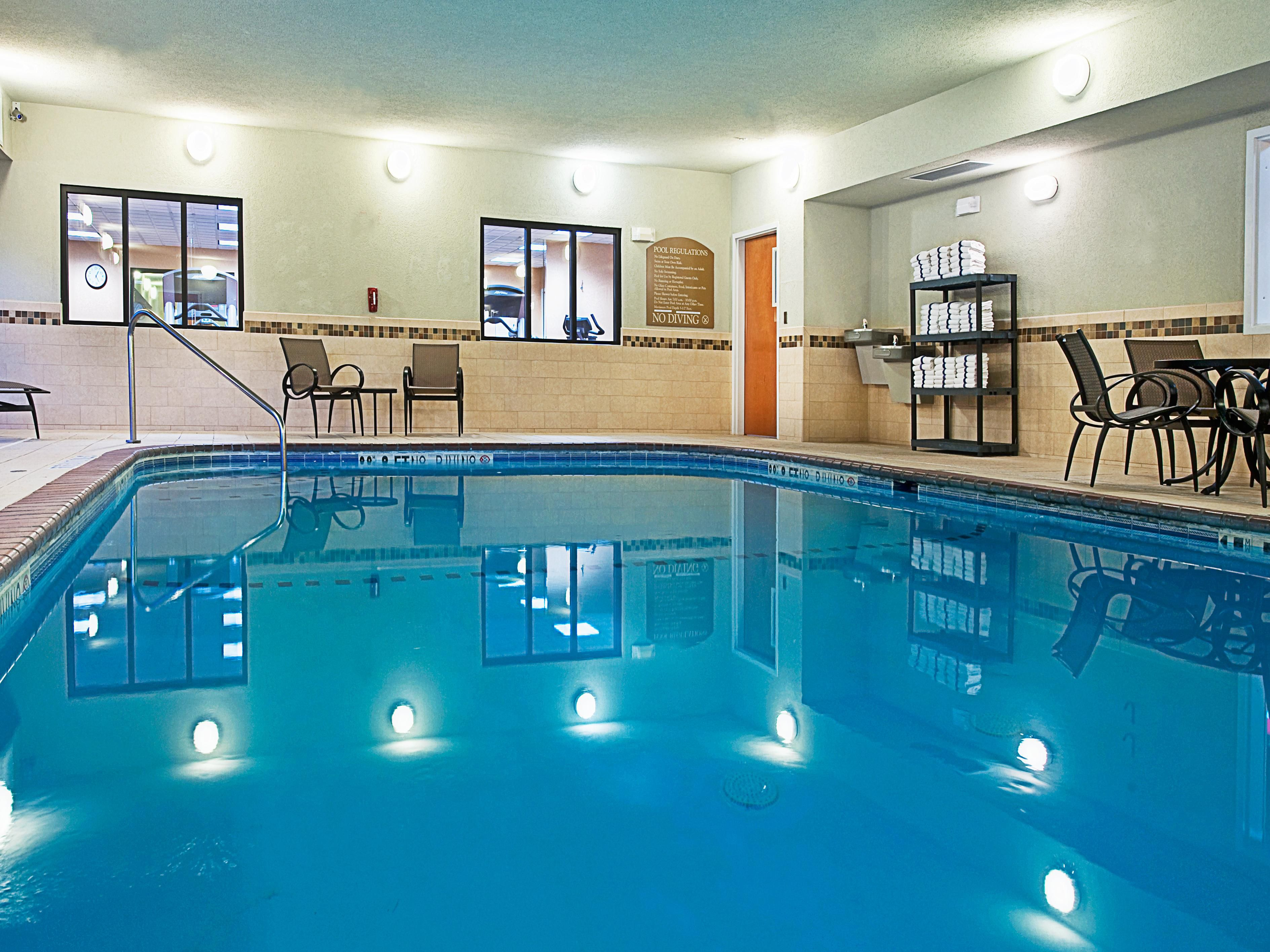 Holiday Inn Express El Paso East Swimming Pool