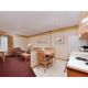 Holiday Inn Express & Suites Elko Executive Suite Living area