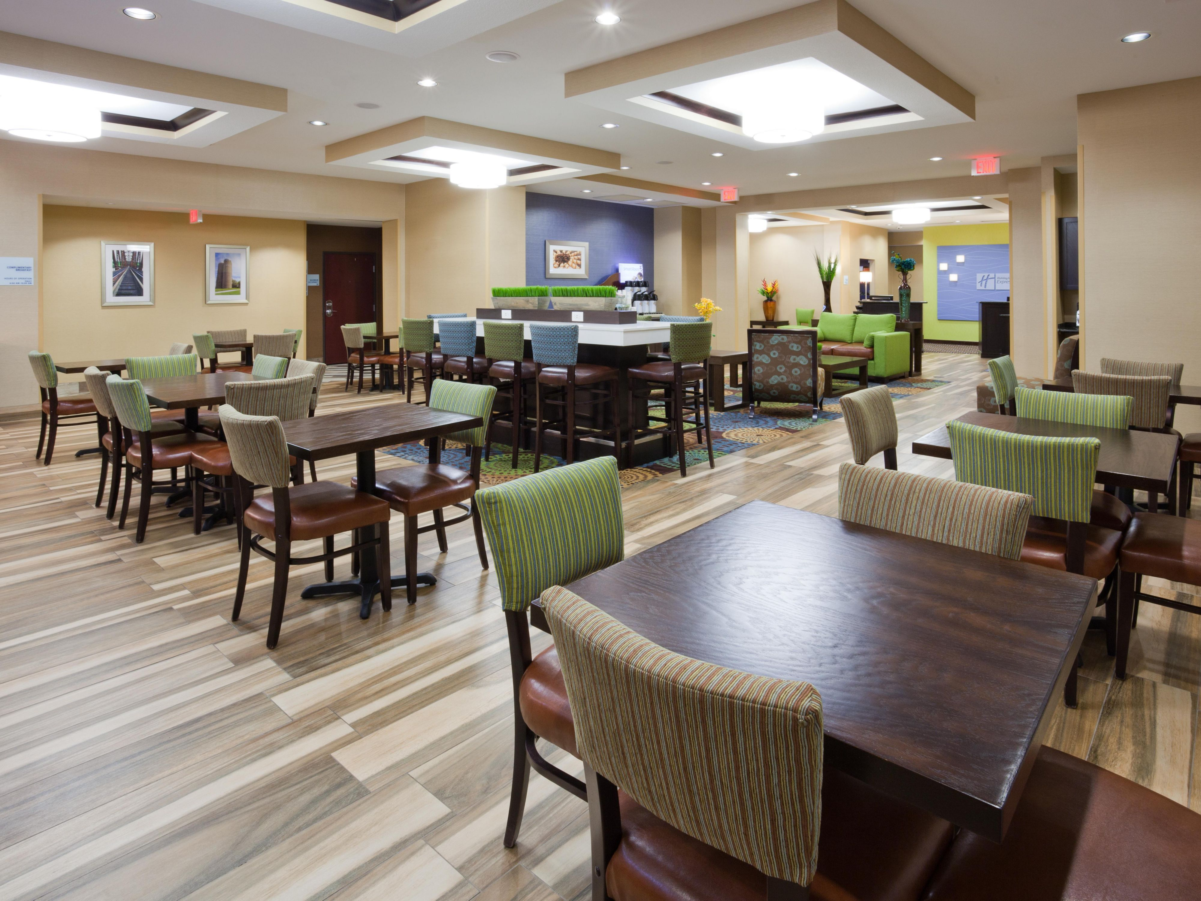 holiday inn express suites fort dodge hotel by ihg 2018