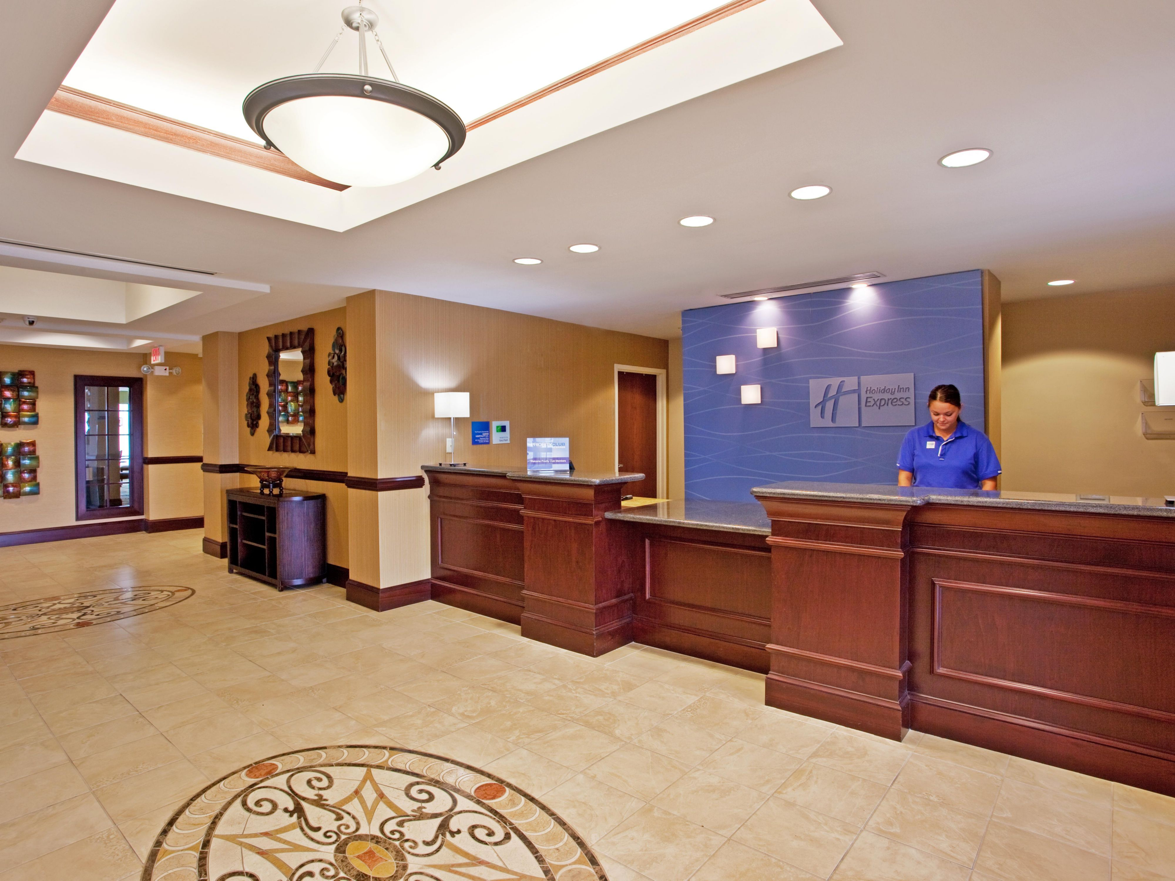 Meet guests at Holiday Inn Express Franklin Ohio's spacious lobby
