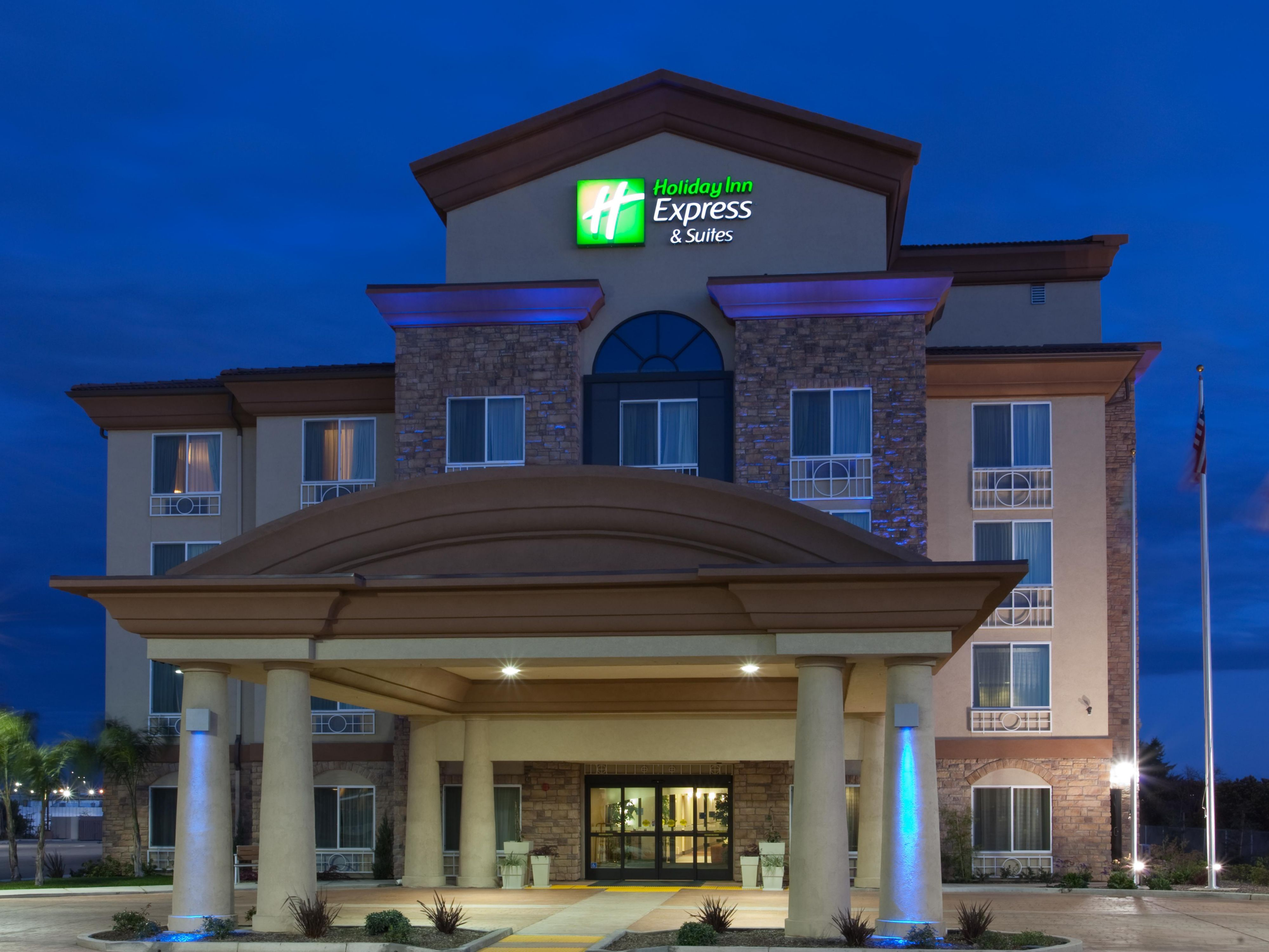 holiday inn express suites fresno south hotel by ihg. Black Bedroom Furniture Sets. Home Design Ideas
