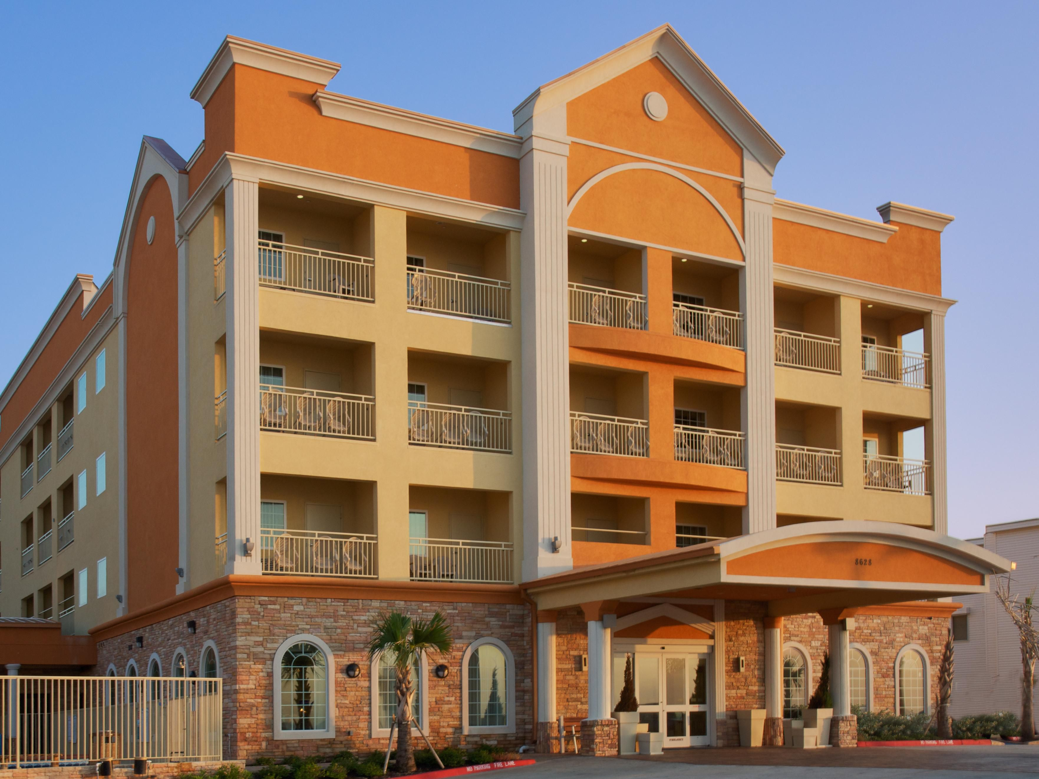 Holiday Inn Express & Suites Galveston West-Seawall