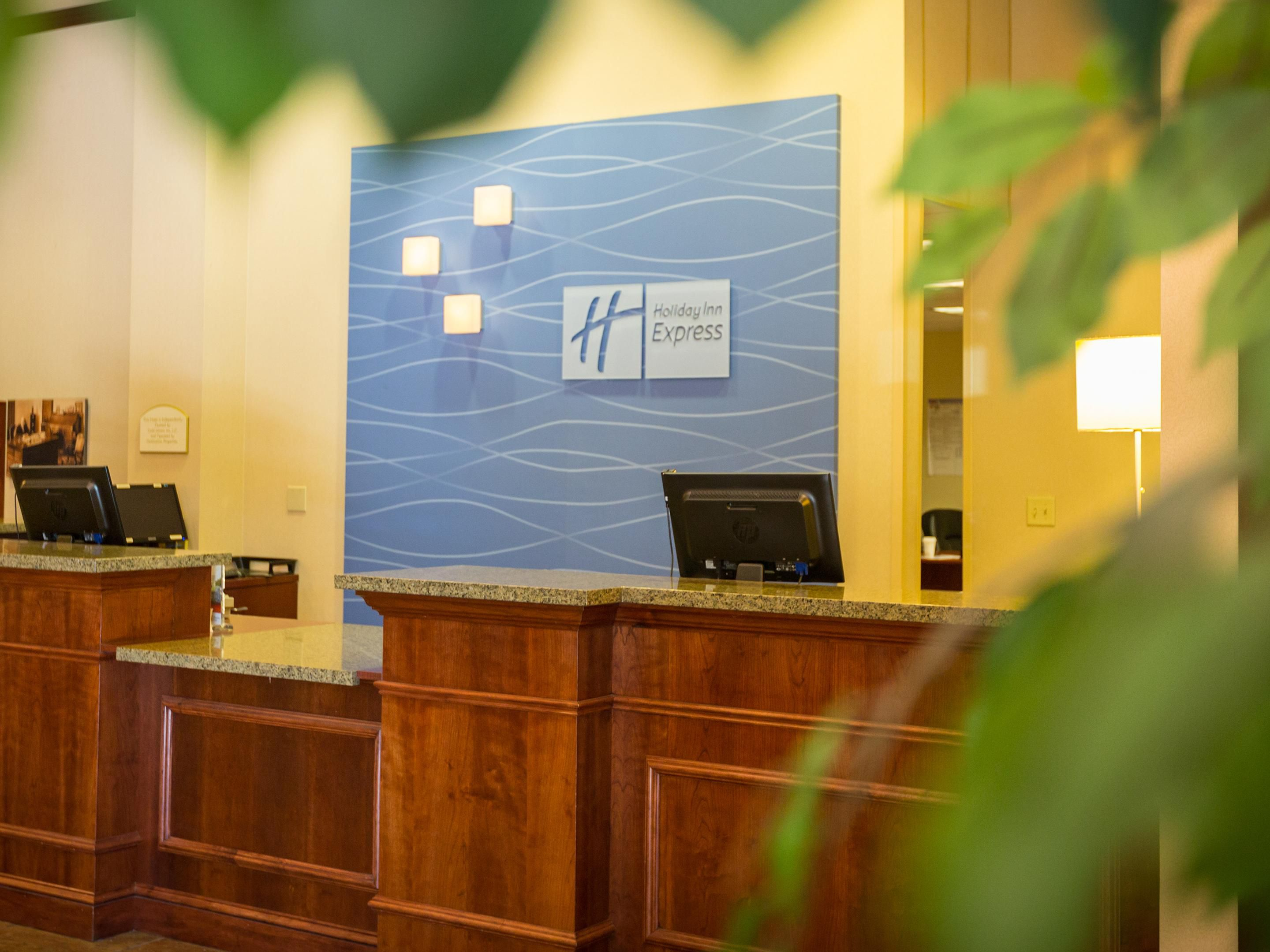 Welcome to the Holiday Inn Express in Grass Valley