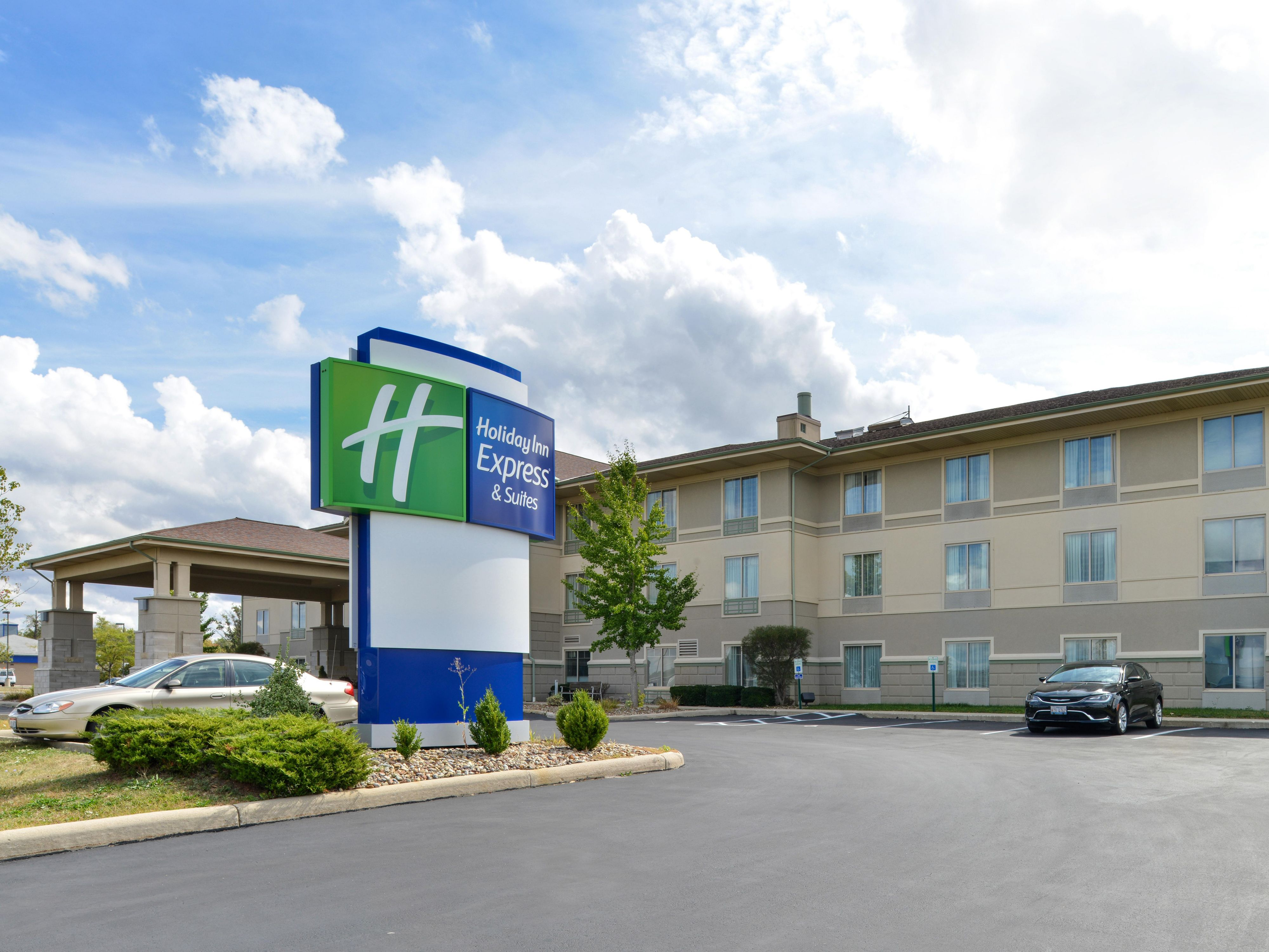 Holiday Inn Express Suites Greenville