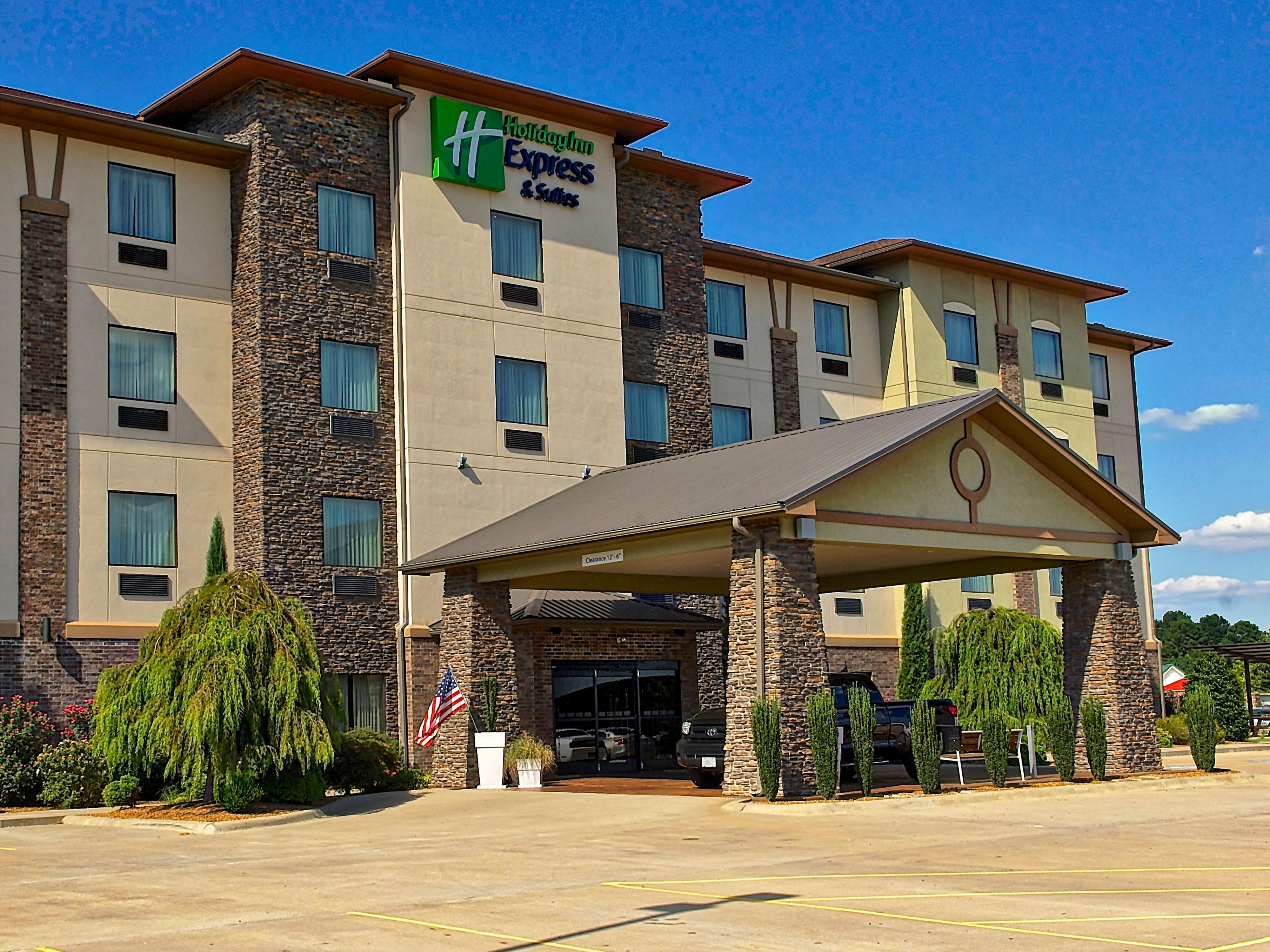 Holiday Inn Express Suites R Springs