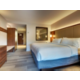 King guestroom with Jacuzzi