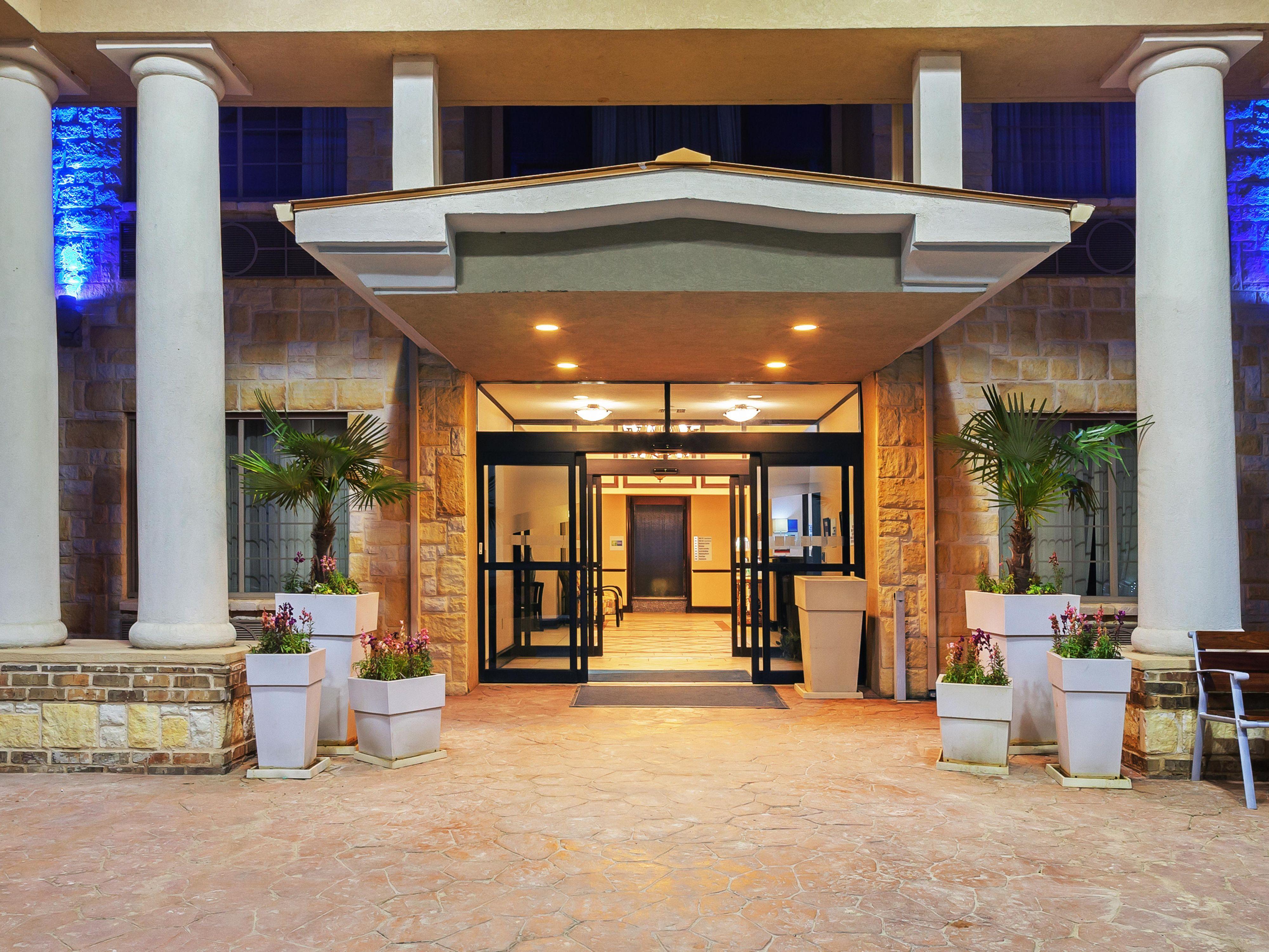 Our inviting hotel entrance.
