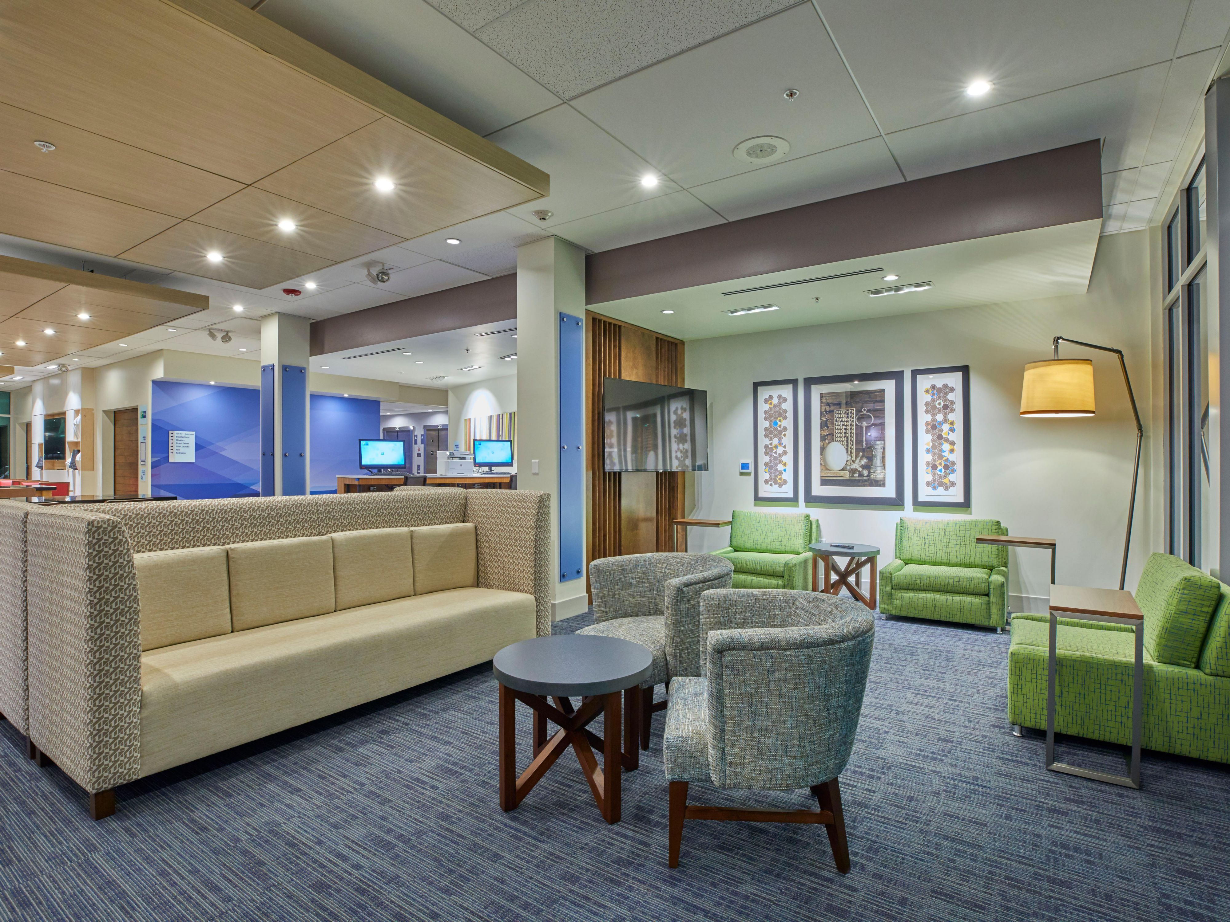 Holiday Inn Express Suites Hermiston Downtown Hotel In By Ihg