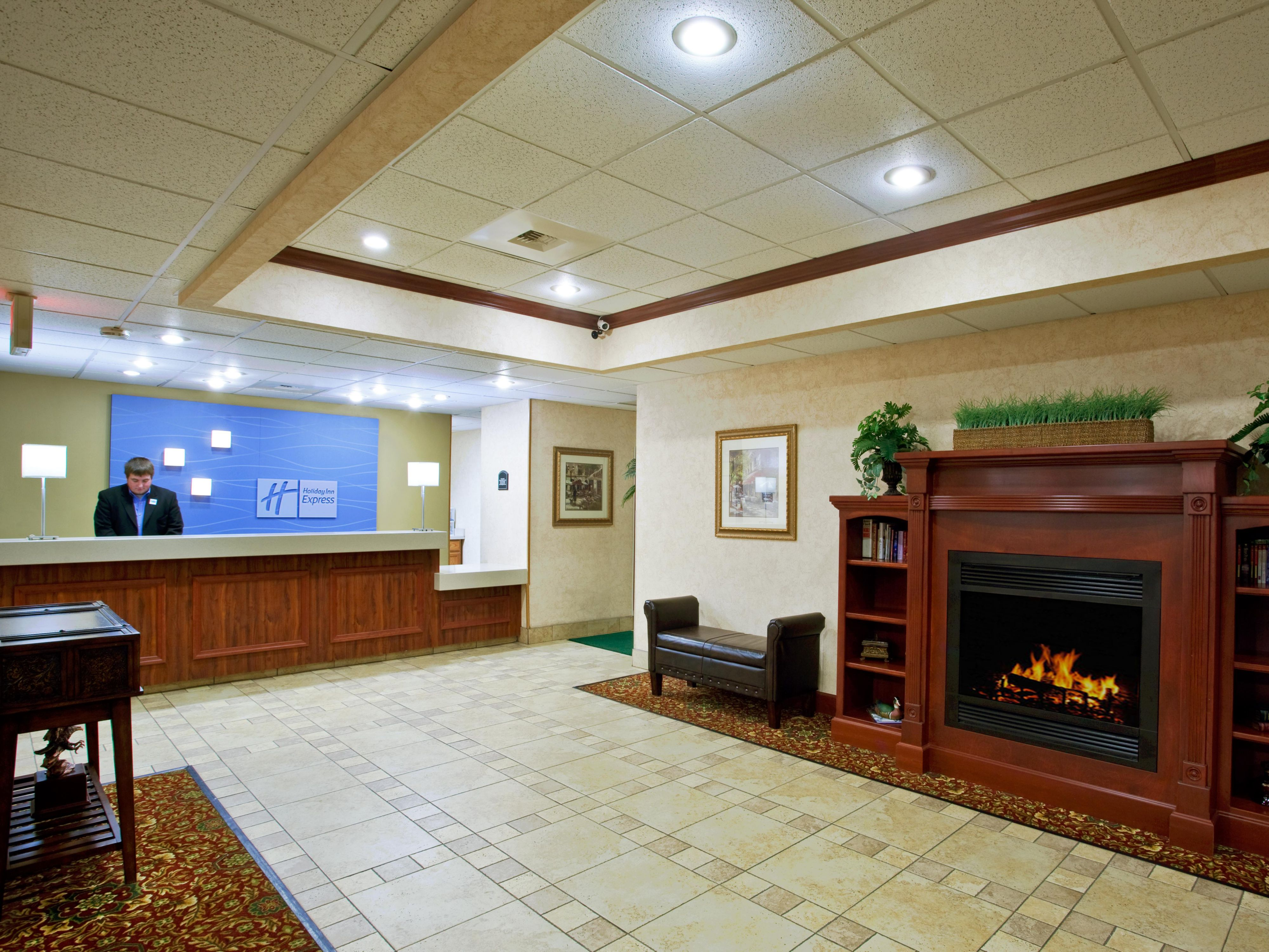 We welcome you to Holiday Inn Express Huber Heights, OH