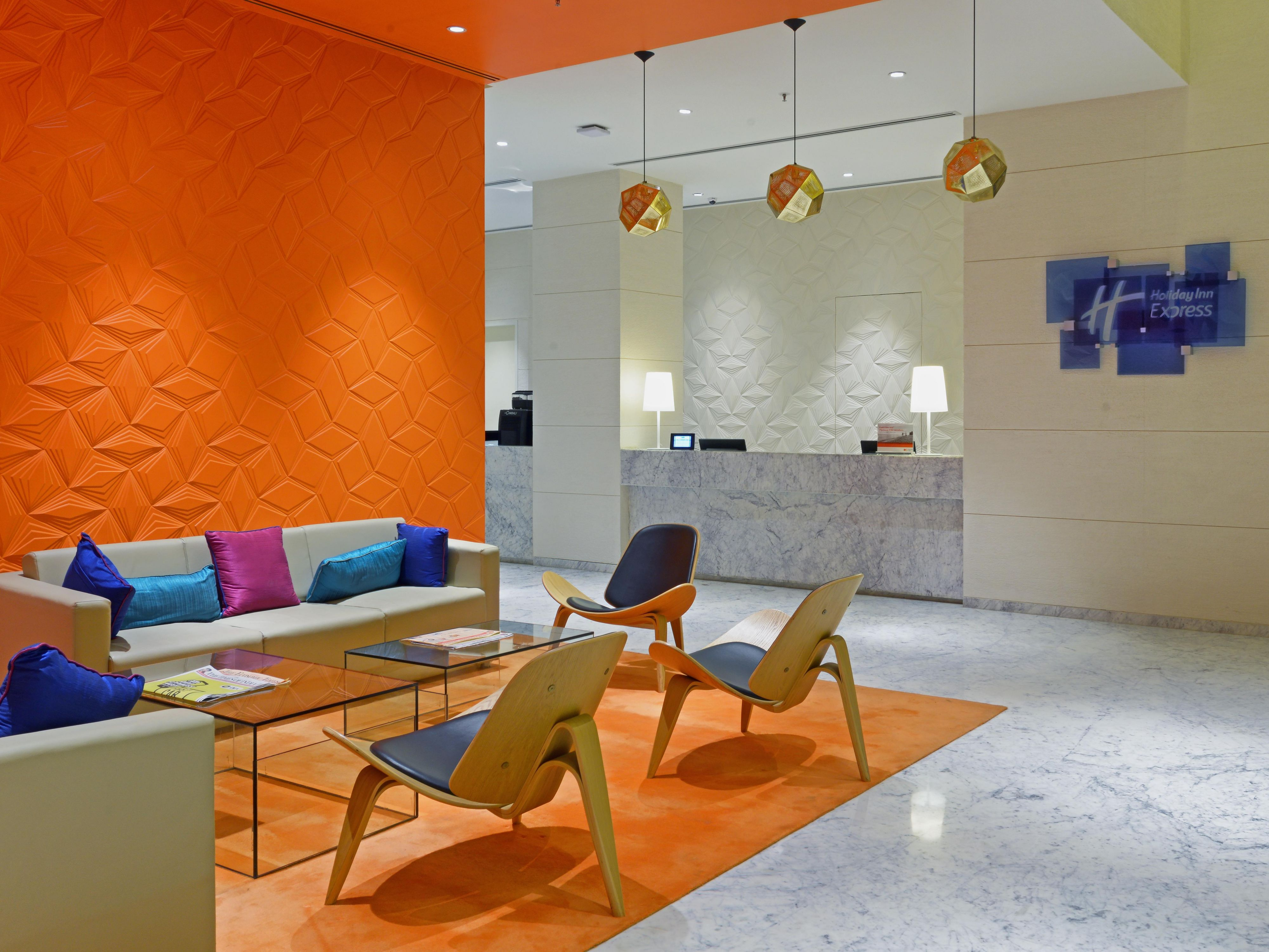 Lobby at Holiday Inn Express & Suites Hyderabad Gachibowli