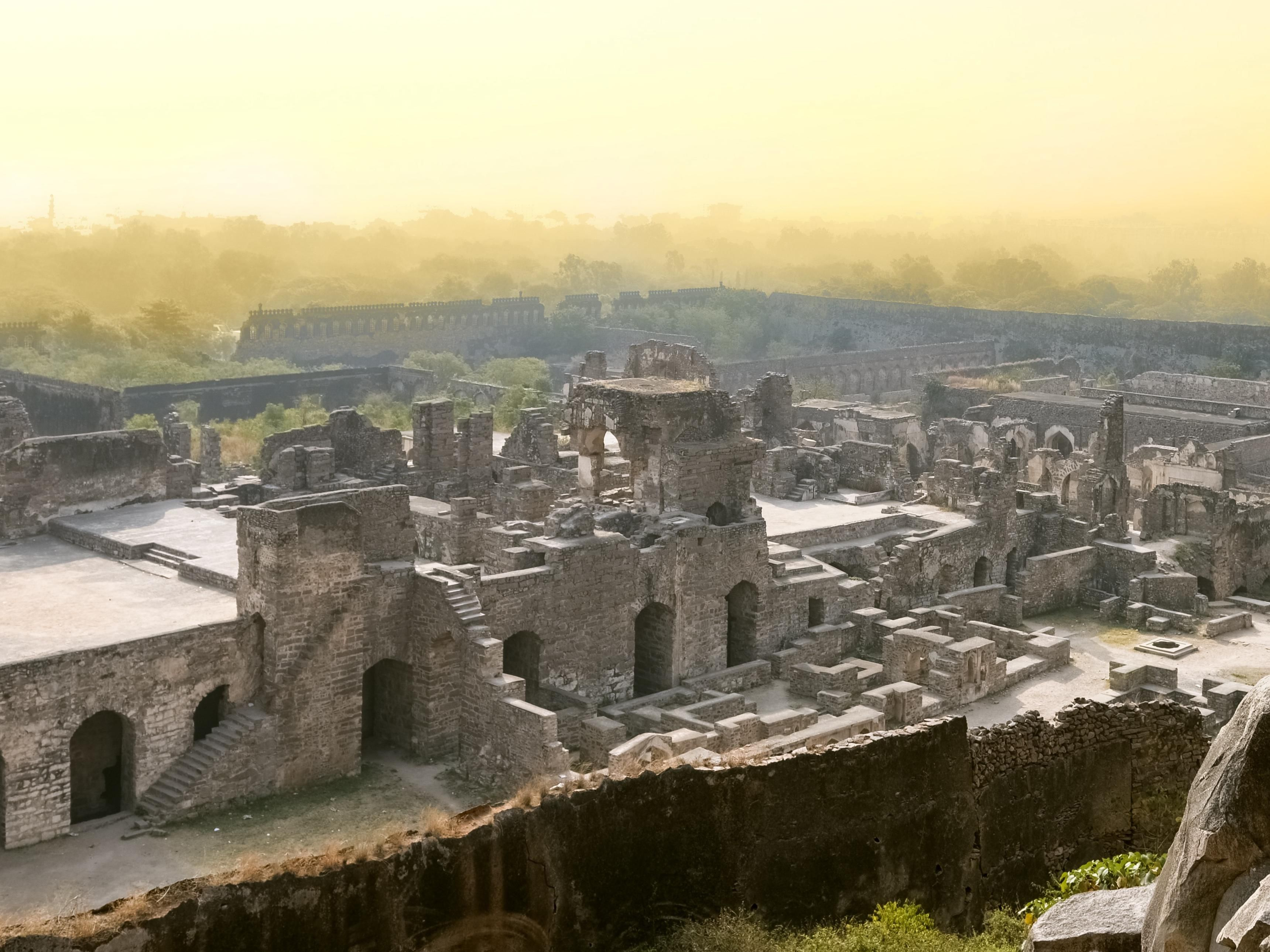 Area Attraction - Golconda Fort