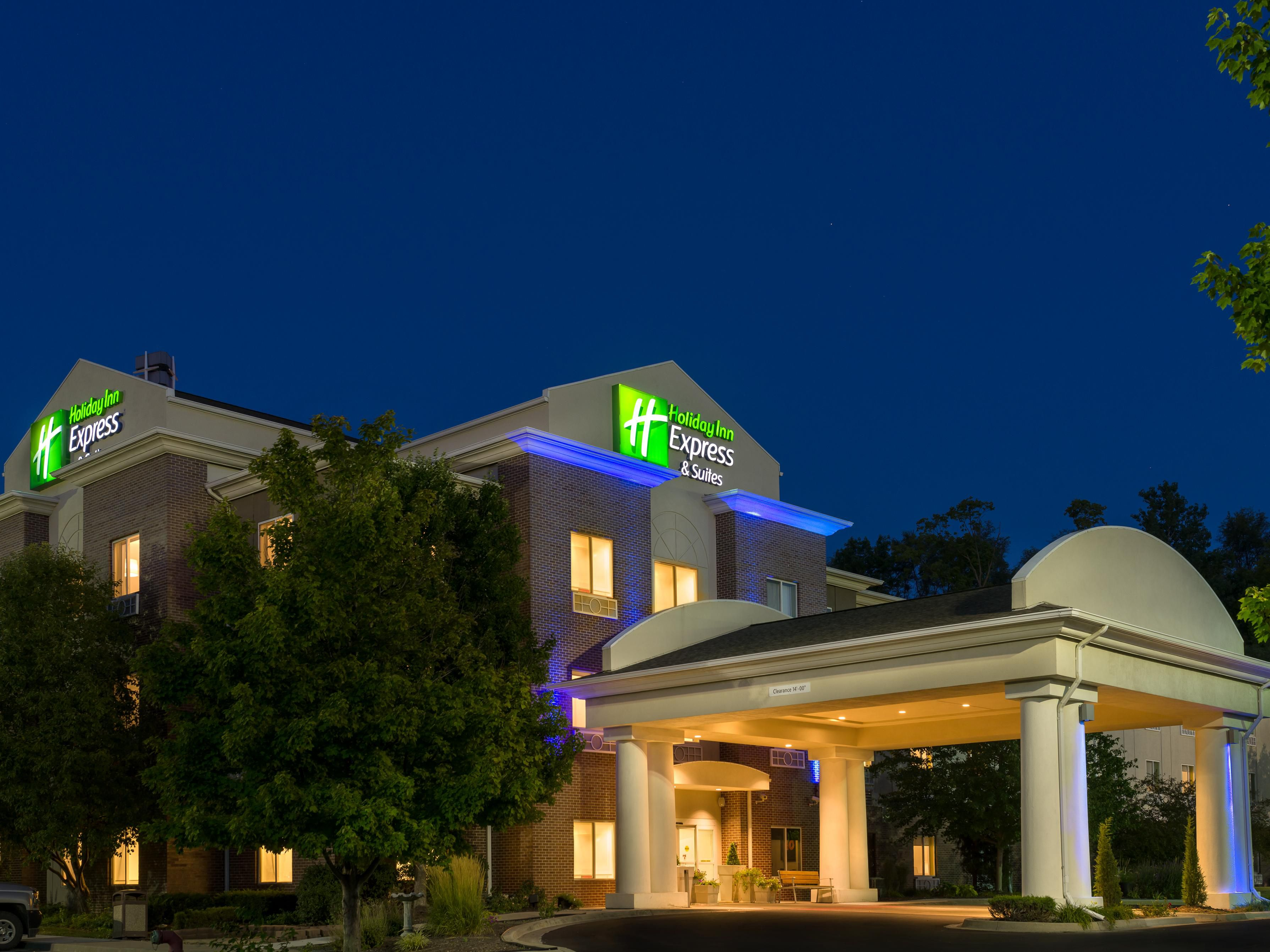 Holiday Inn Express Suites Independence Kansas City Hotel By Ihg