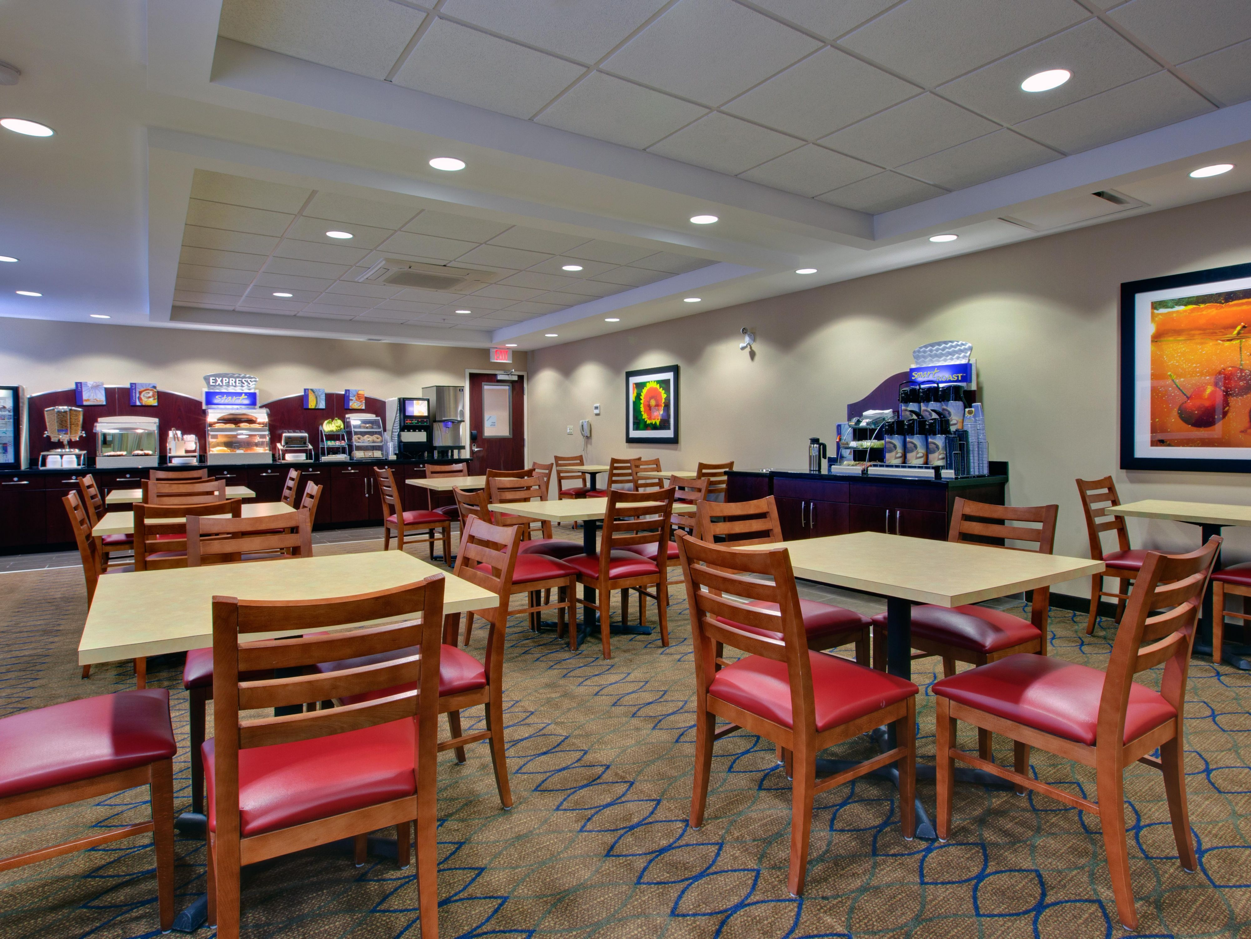 Express Start Breakfast area with plenty of comfortable seating.