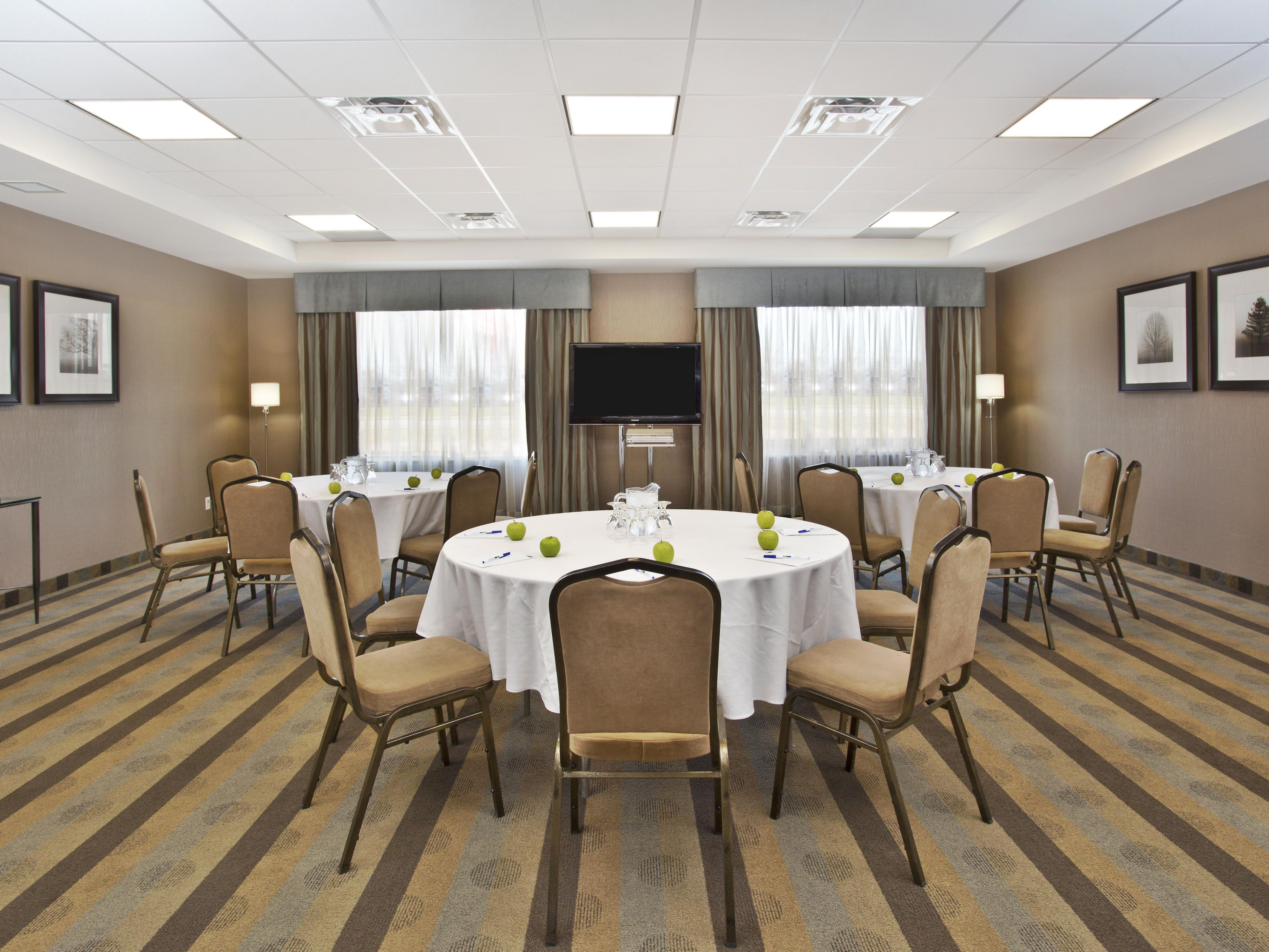 Meeting room in a small banquet format