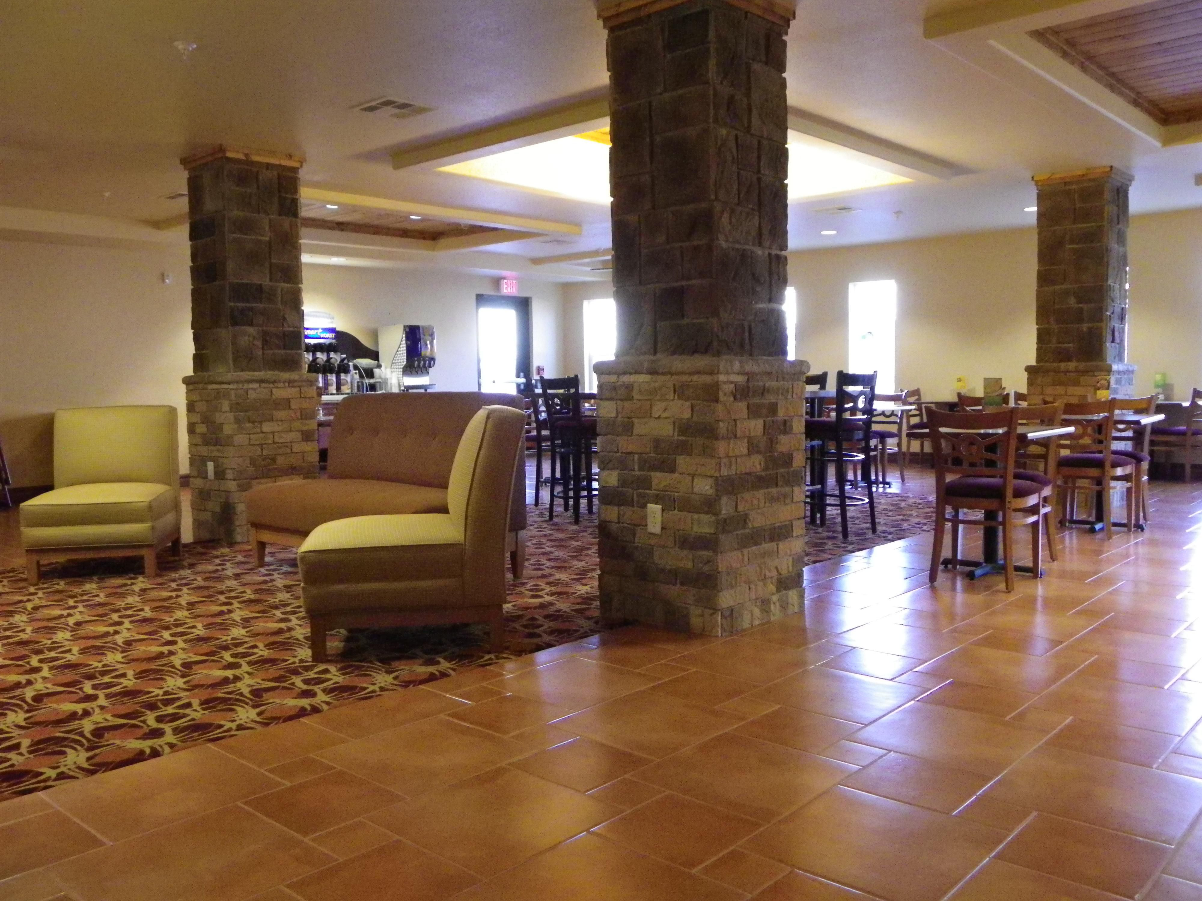 Enjoy breakfast at Holiday Inn Express & Suites Las Cruces North