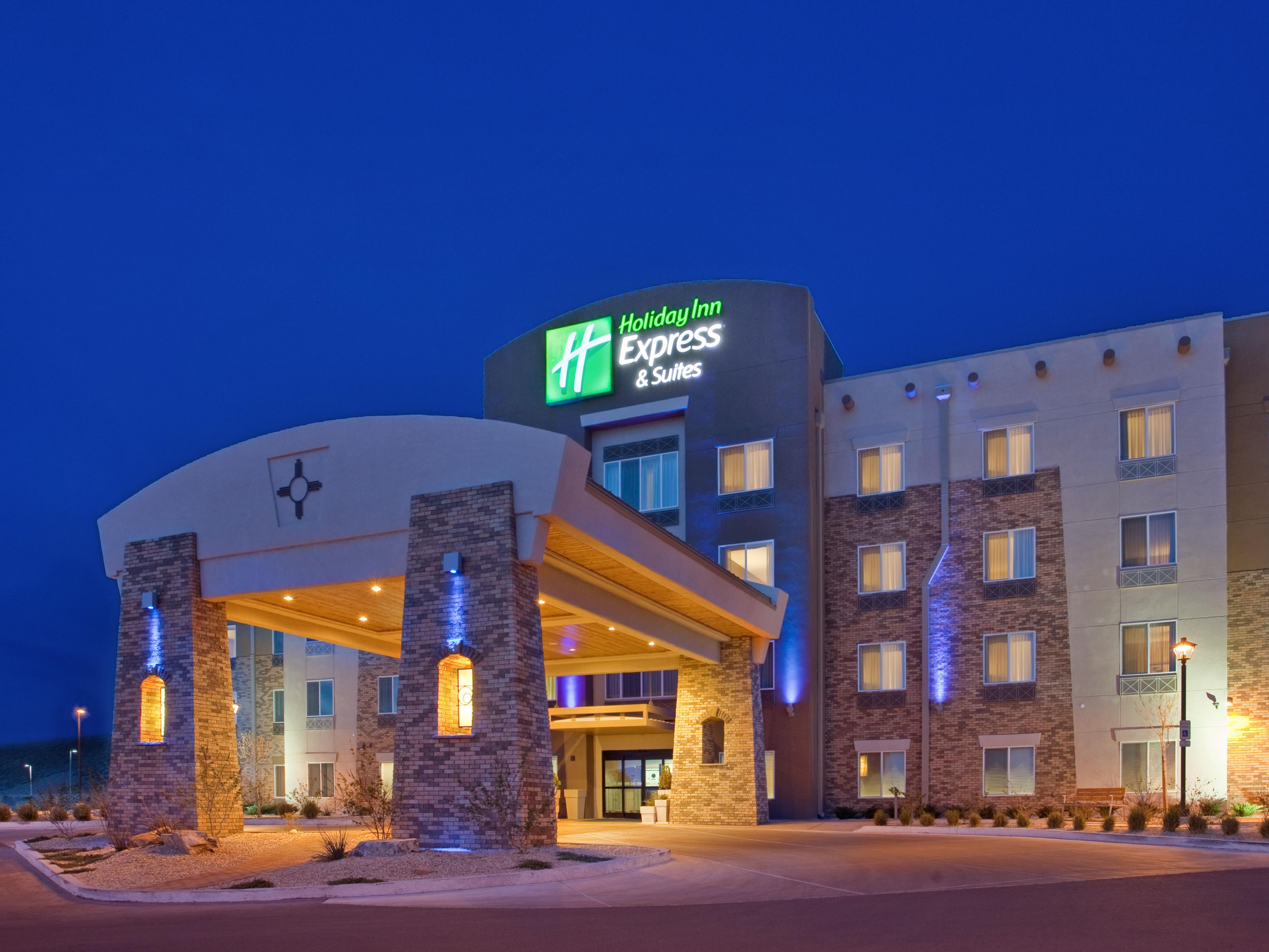 Welcome to the Holiday Inn Express & Suites Las Cruces North.