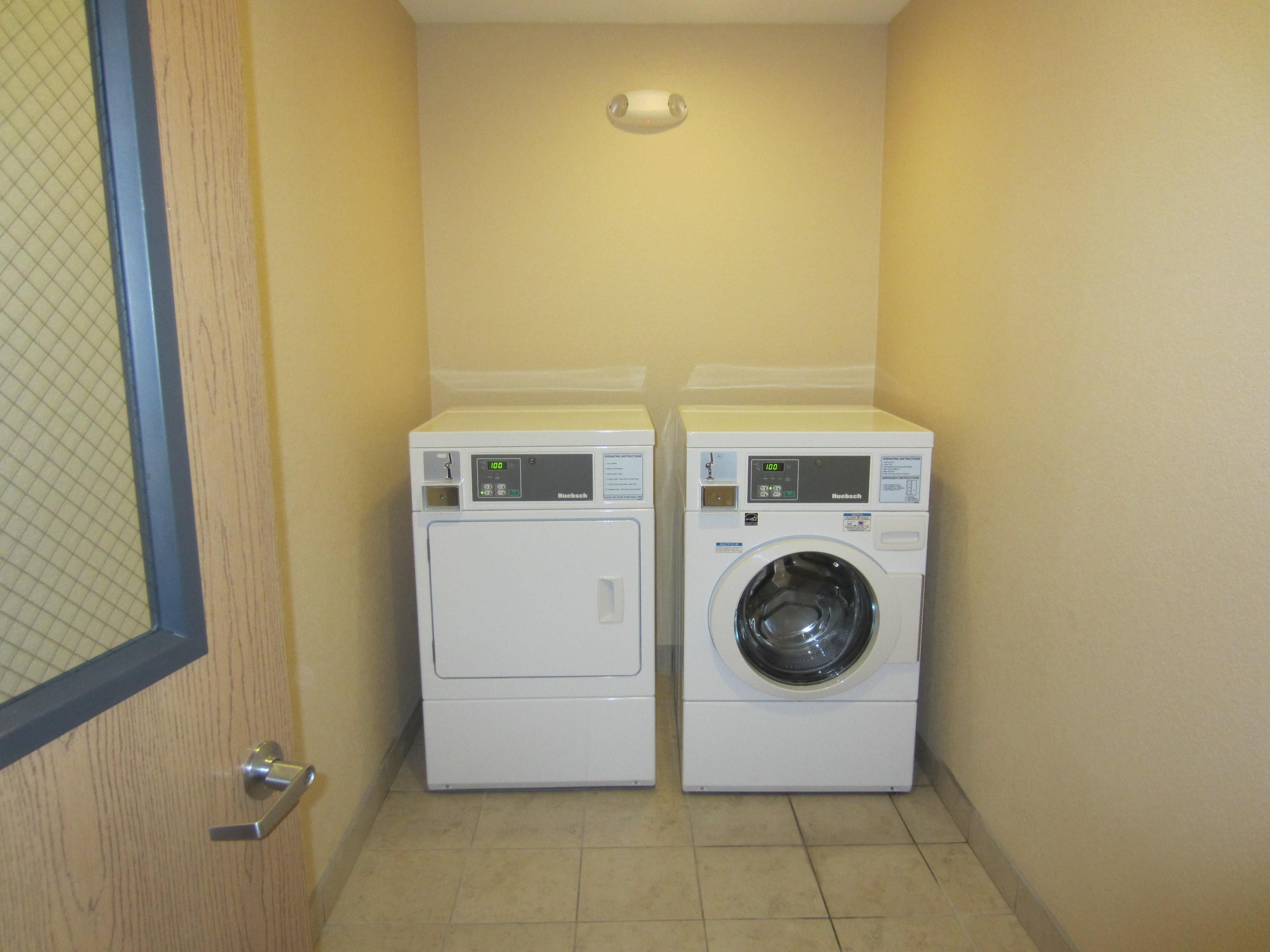 Keep it Clean: Holiday Inn Express Lexington Nebraska Self Laundry