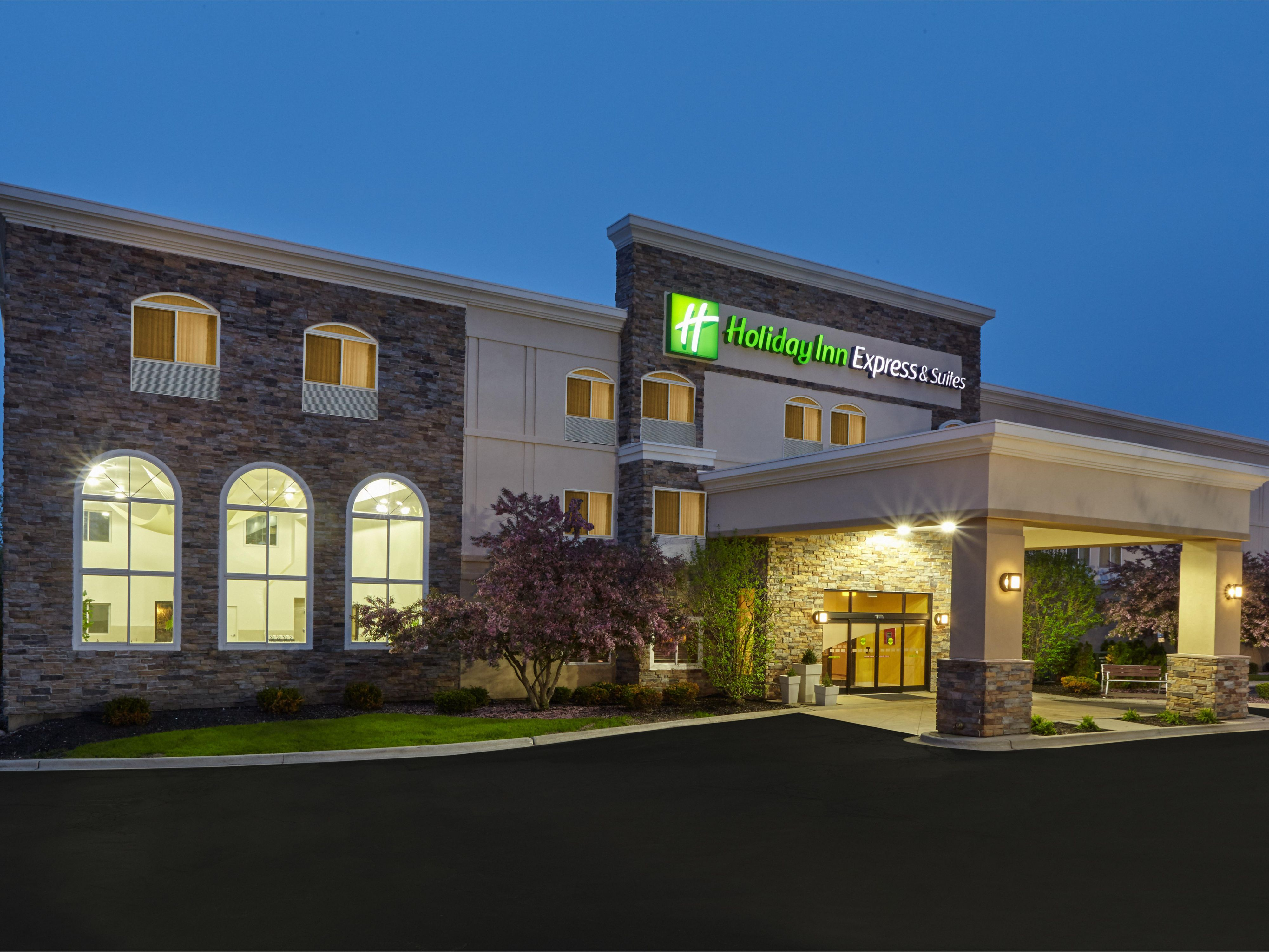 Holiday Inn Express & Suites hotel across Independence Grove