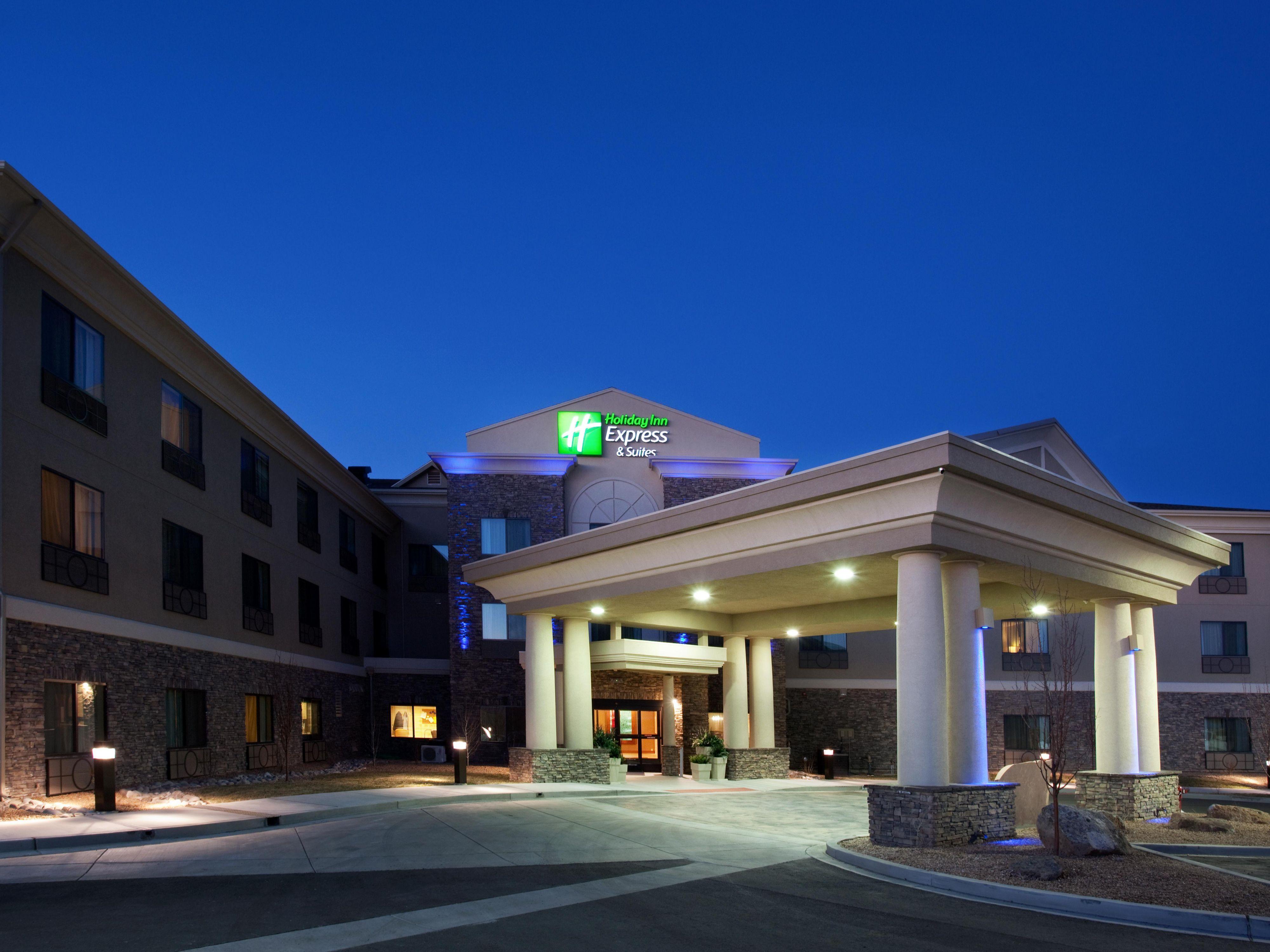 Holiday Inn Express & Suites Los Alamos Entrada Park Hotel by IHG