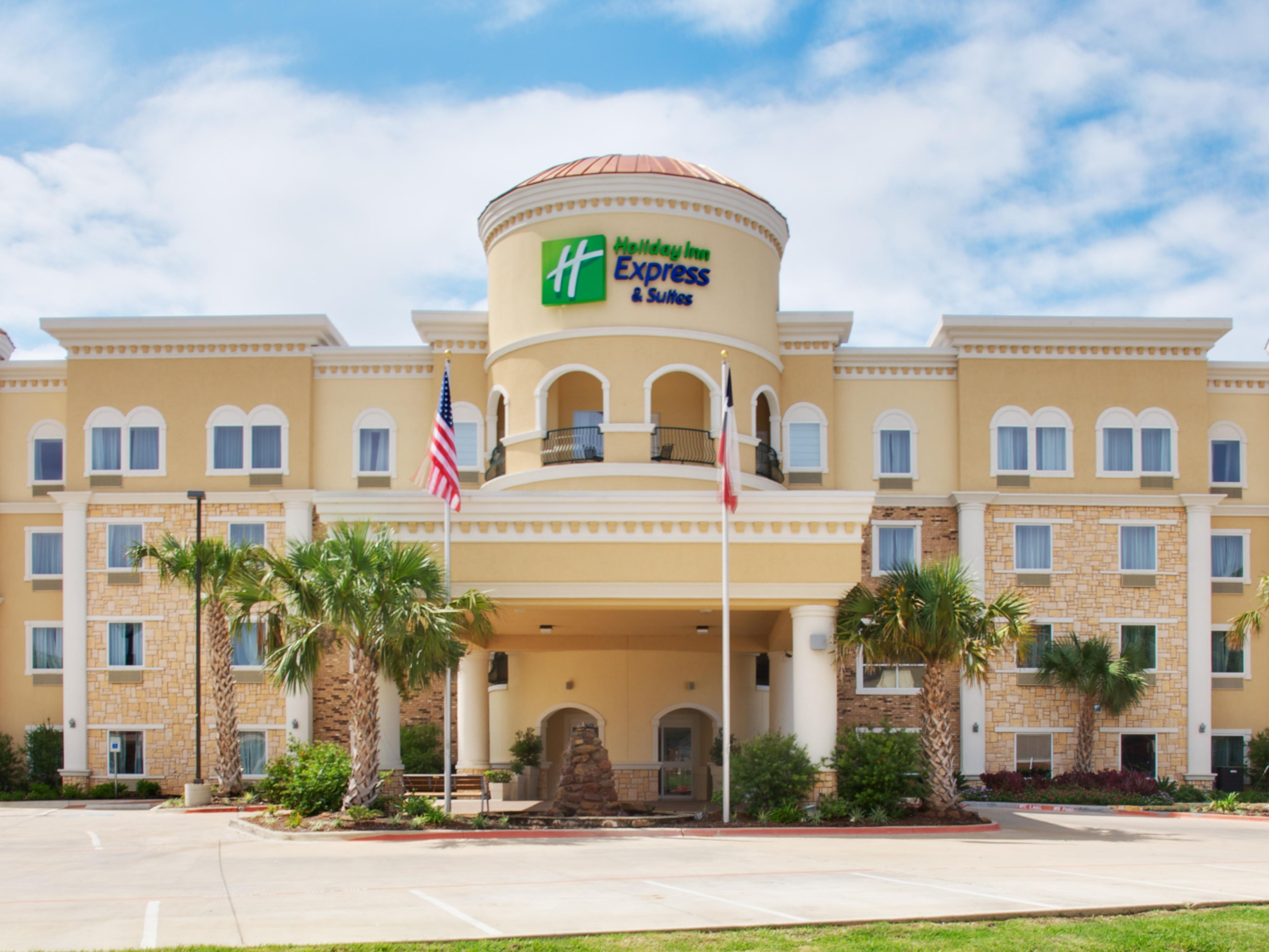 Holiday Inn Express Suites Lufkin South Hotel By Ihg