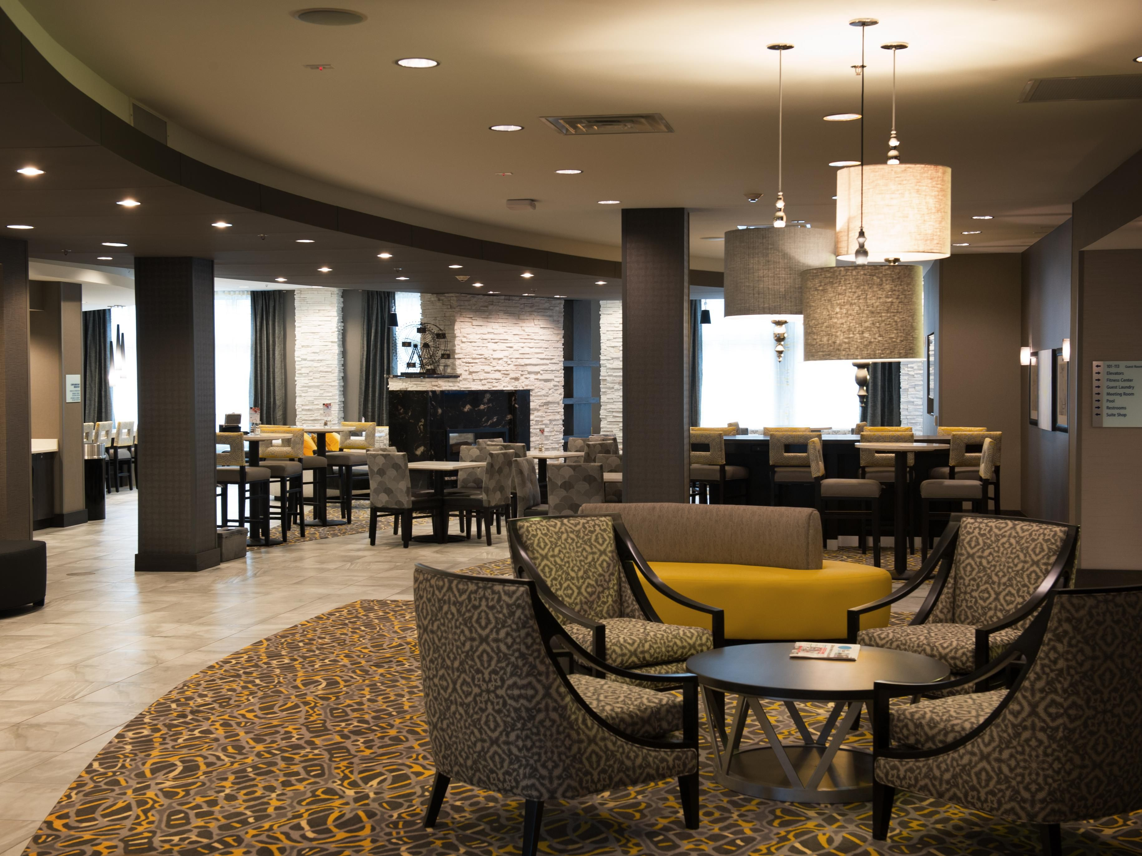 Holiday Inn Express & Suites Madison Central Lobby