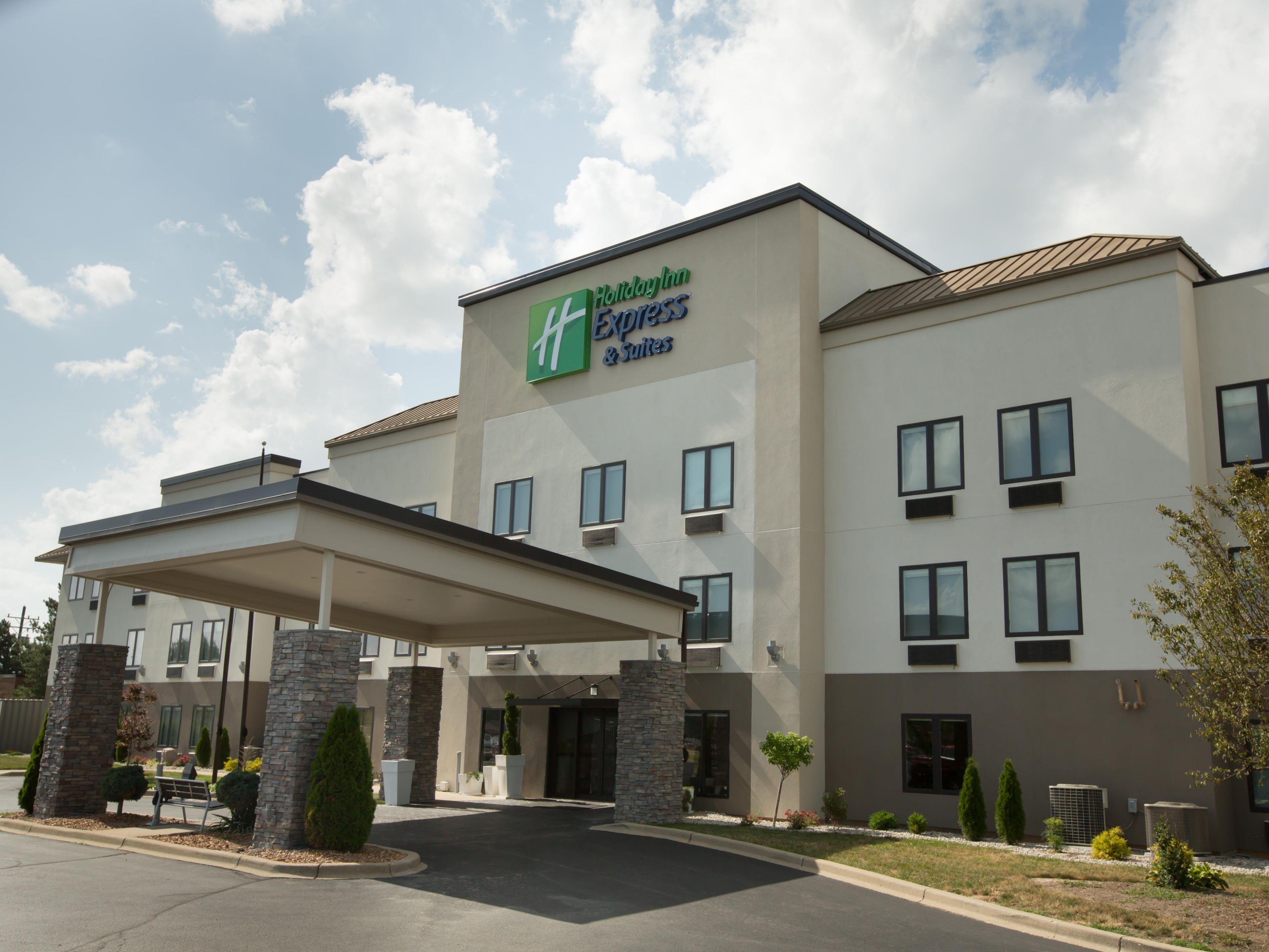 Brilliant Holiday Inn Express Suites Madison Ihg Hotel Download Free Architecture Designs Scobabritishbridgeorg