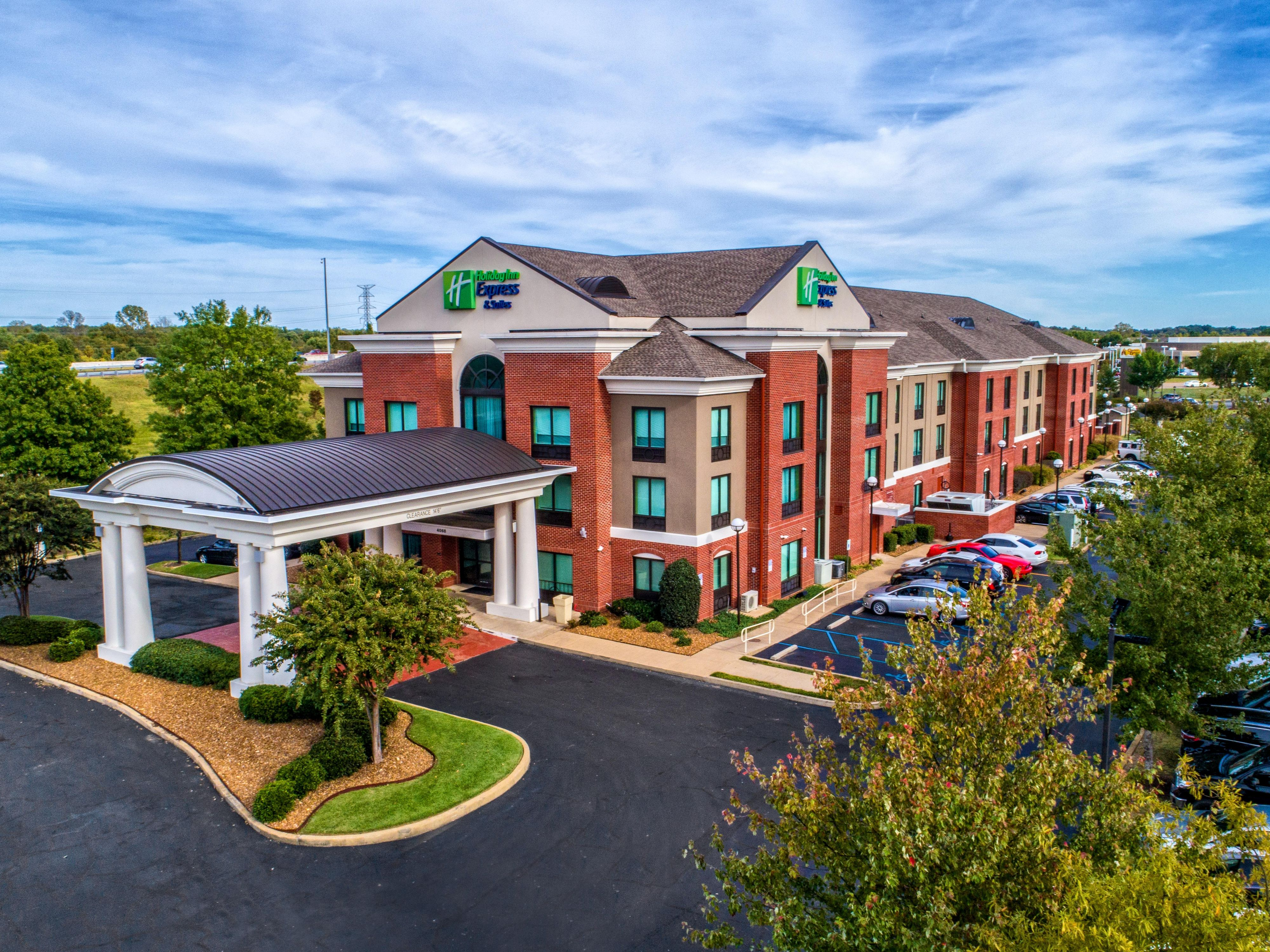 Holiday Inn Express Suites Memphis Southwind Hotel By Ihg