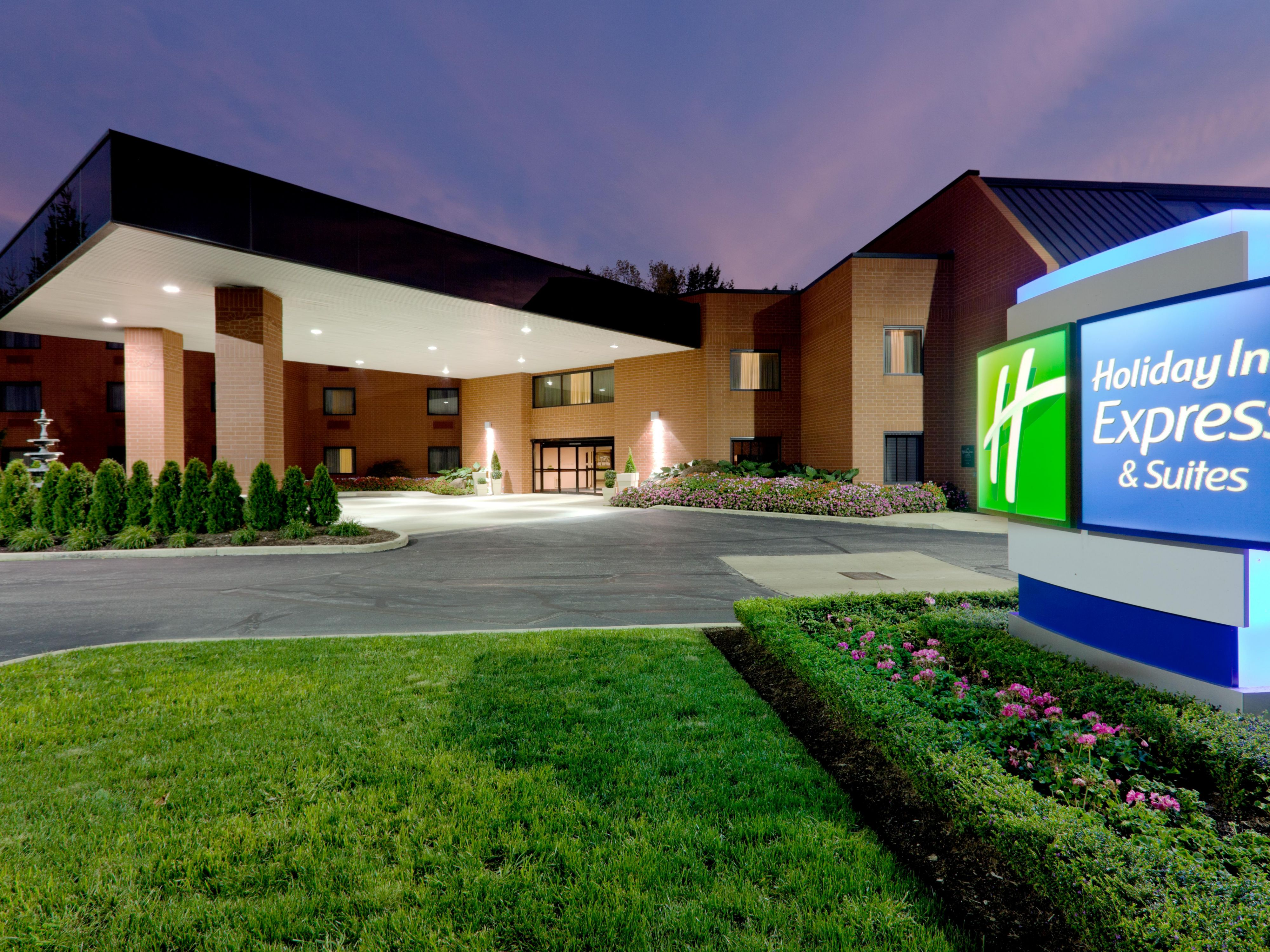 Holiday Inn Express Suites Mentor Lamalfa Conf Centre Hotel By Ihg