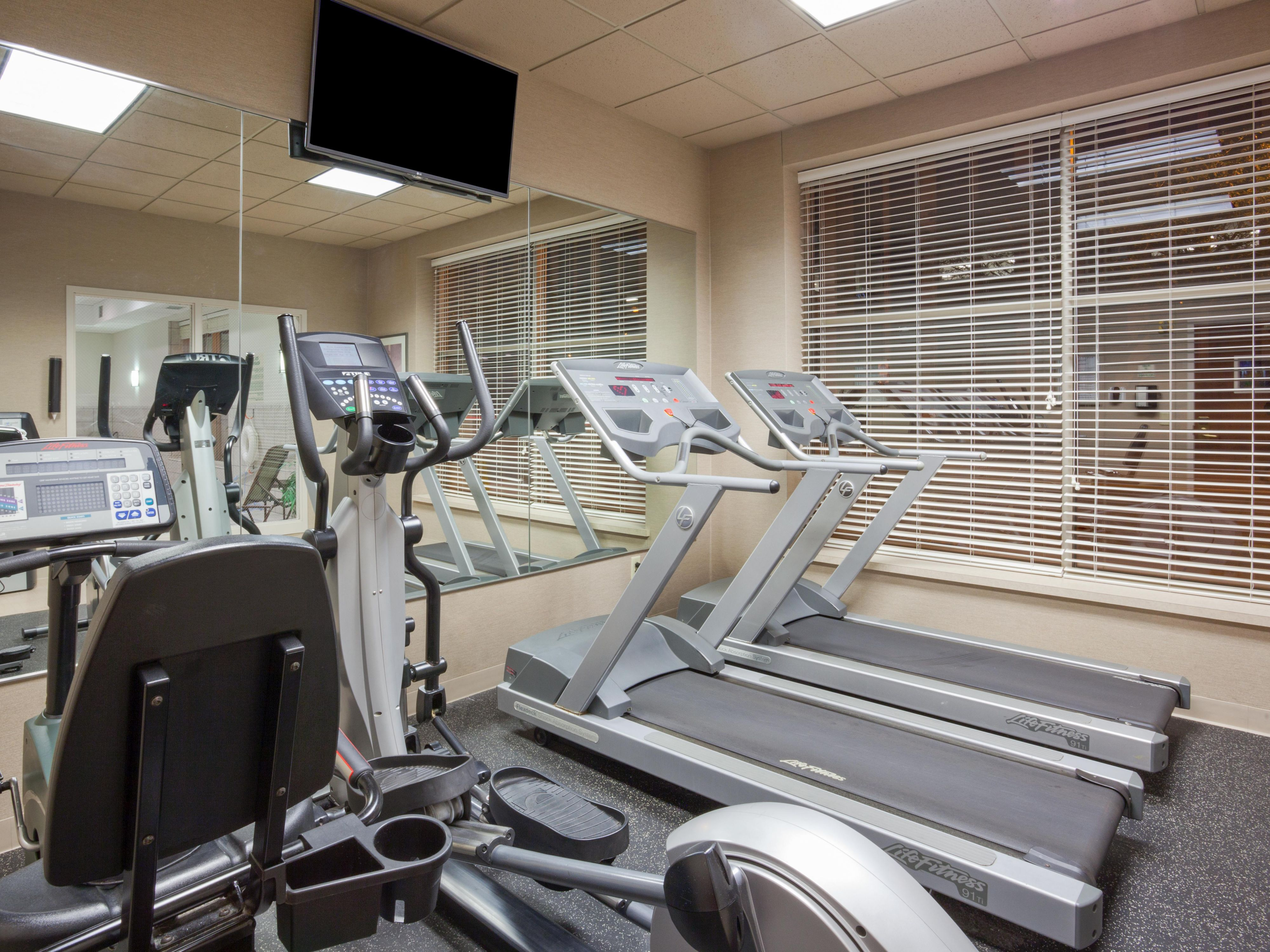 Holiday Inn Express Dwtn Mpls Conv Ctr - Cardio Fitness Center