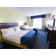 Queen Bed Guest Room, Holiday Inn Express Eastchase