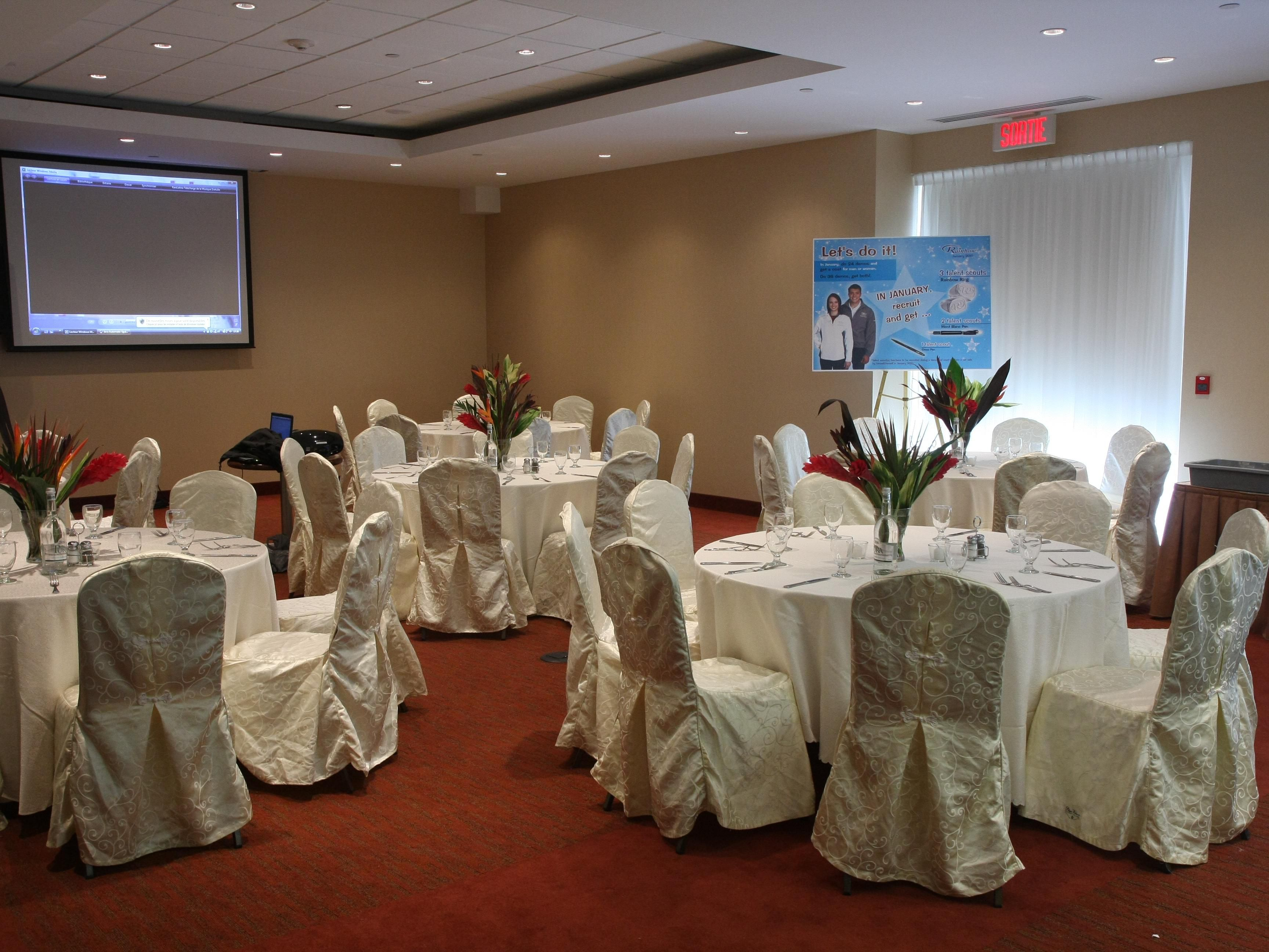Banquet Room with projector and screen.