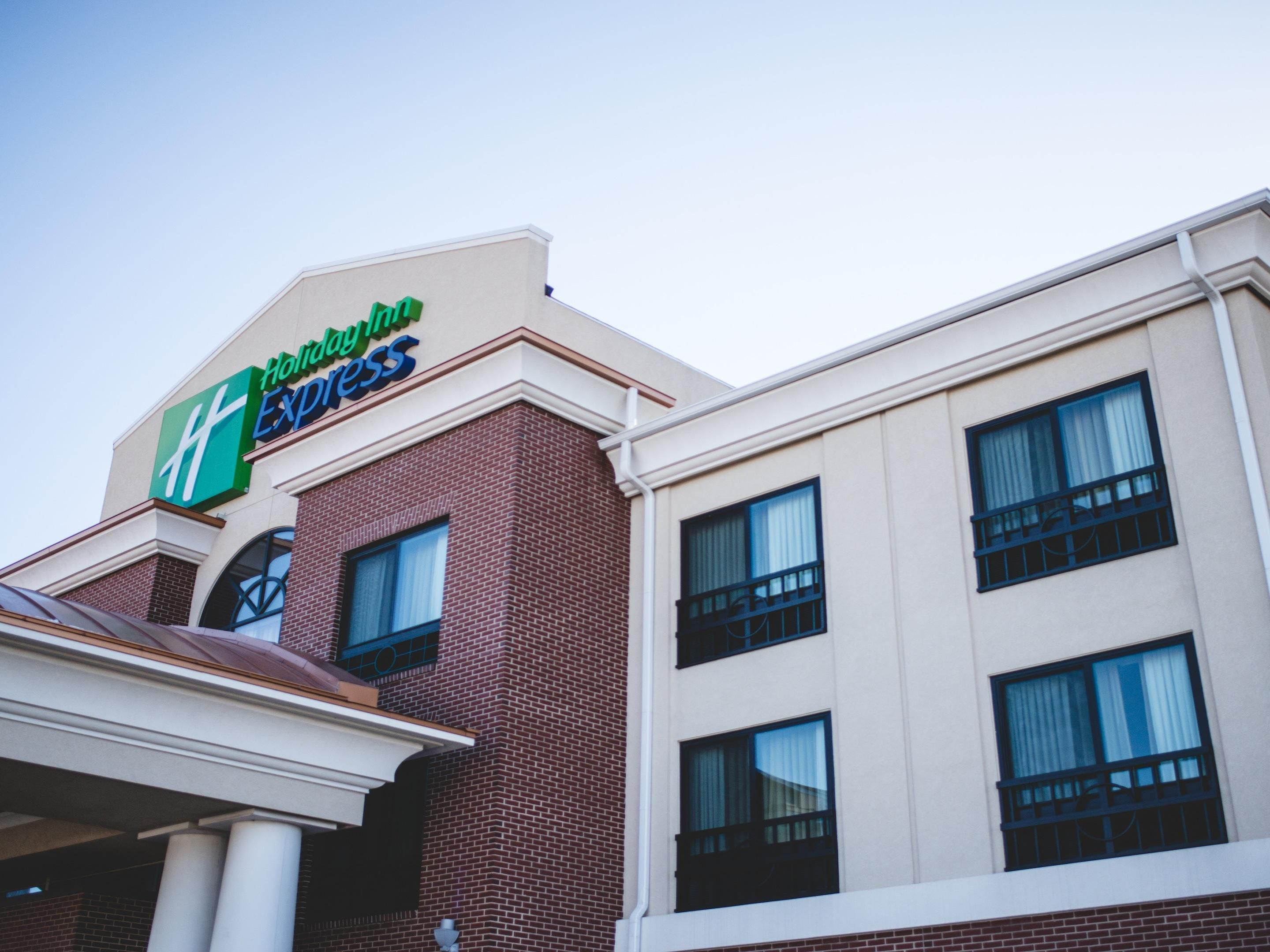 Holiday Inn Express Suites Morton Peoria Area Hotel By Ihg