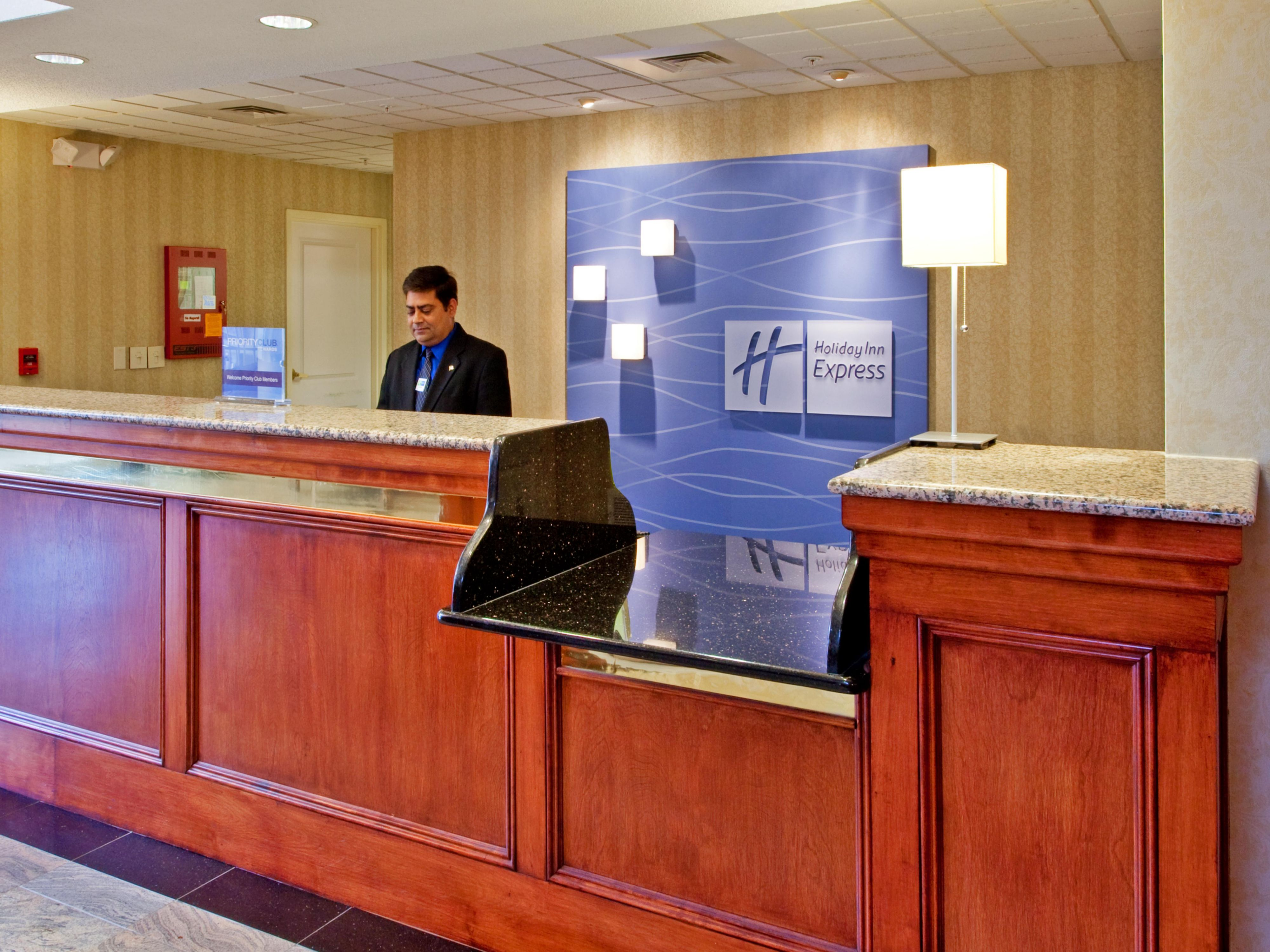 24 Hour Dedicated Front Desk