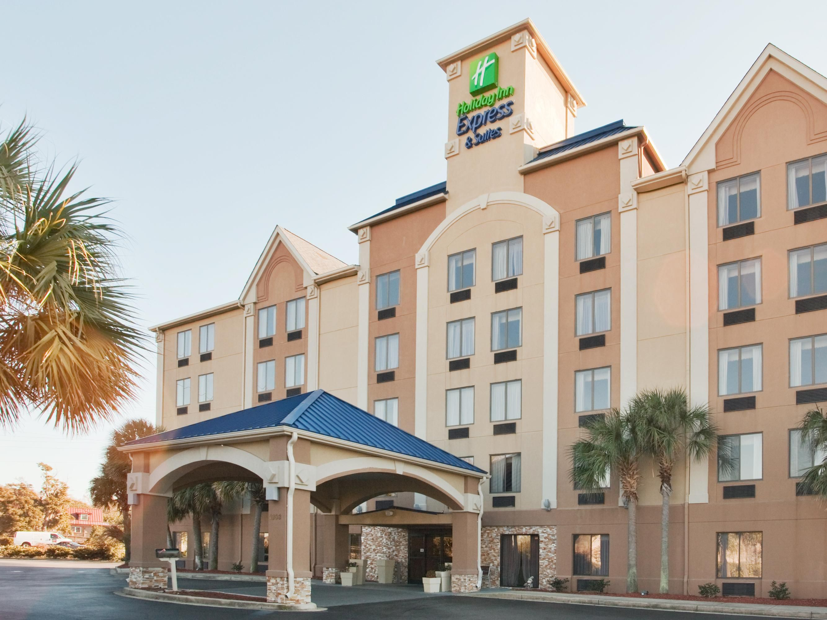 holiday inn express suites murrell 39 s inlet myrtle beach. Black Bedroom Furniture Sets. Home Design Ideas