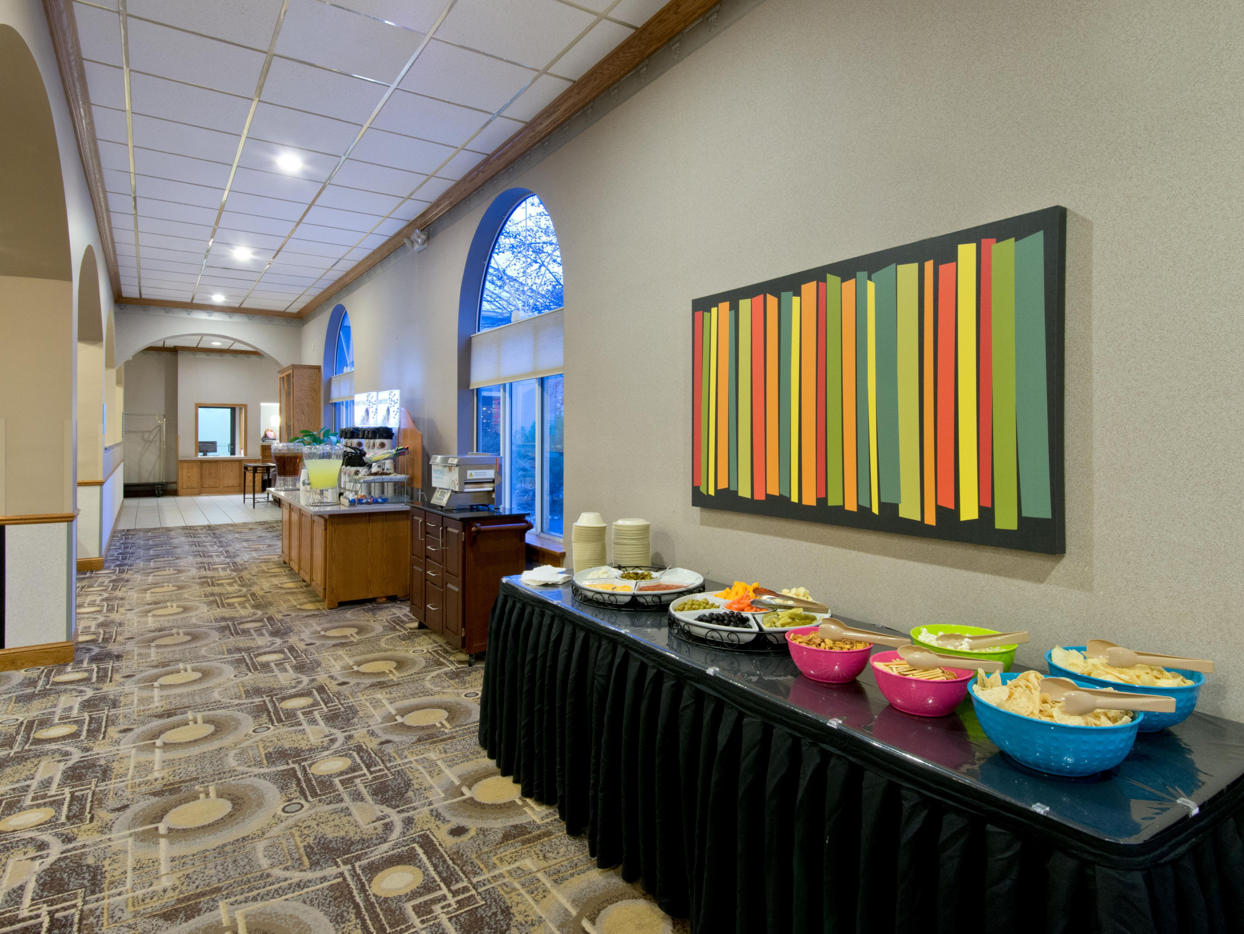 Complete your day with Happy Hour - Holiday Inn Express N Platte