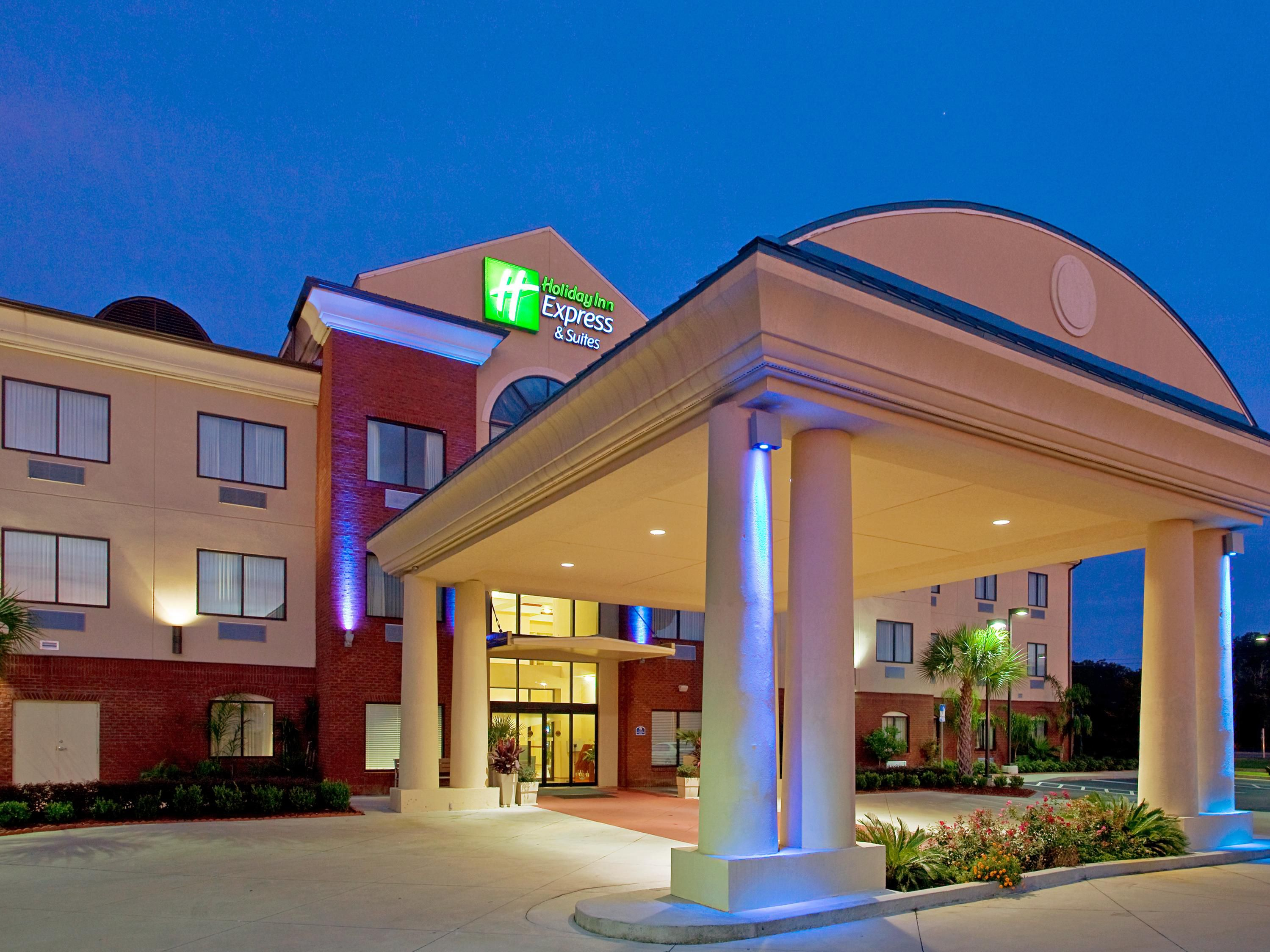 Panama City Hotels: Holiday Inn Express & Suites Panama City-Tyndall Hotel By IHG