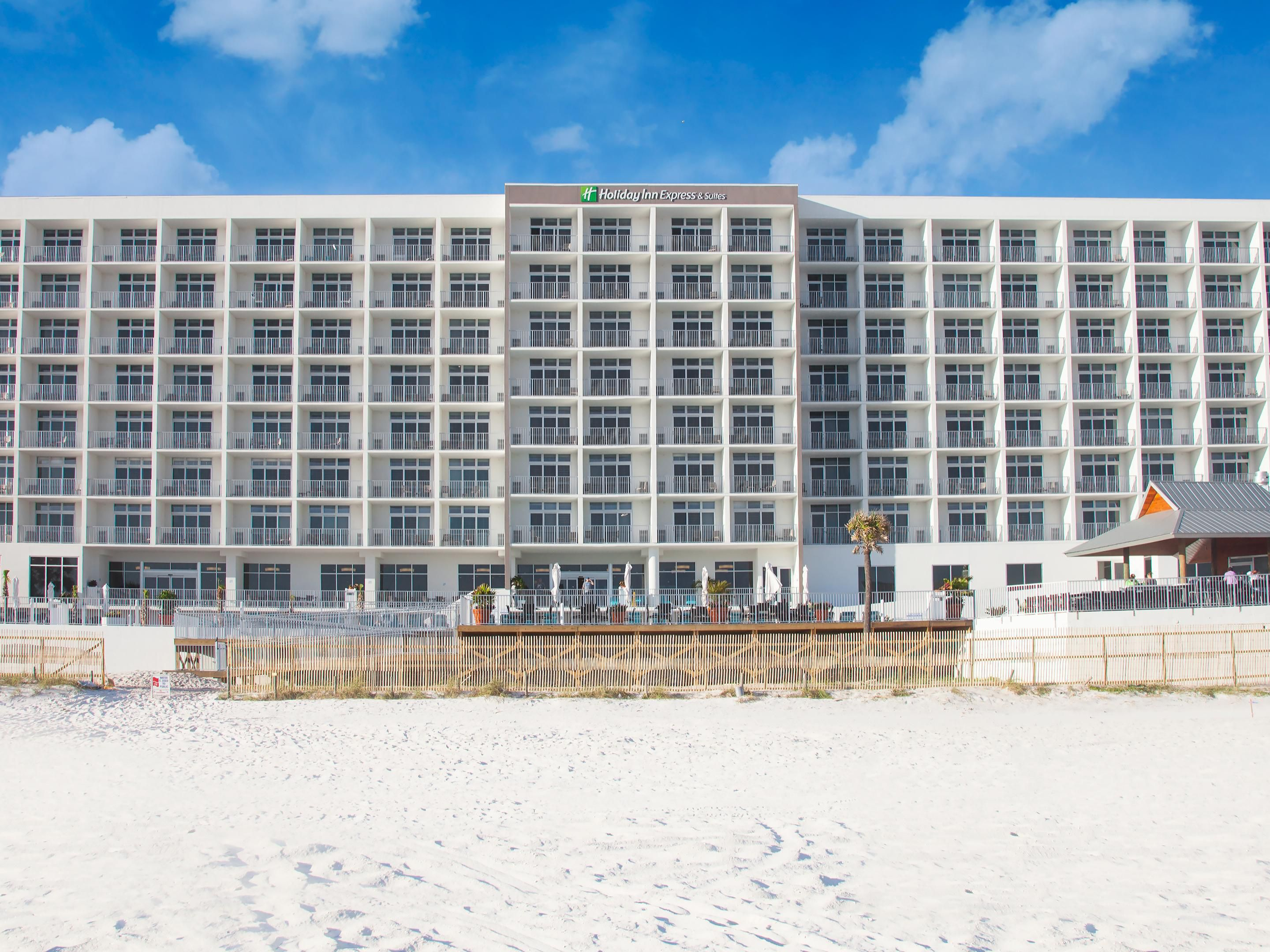 Hotels In Panama City Beach >> Holiday Inn Express Suites Panama City Beach Beachfront Hotel By Ihg