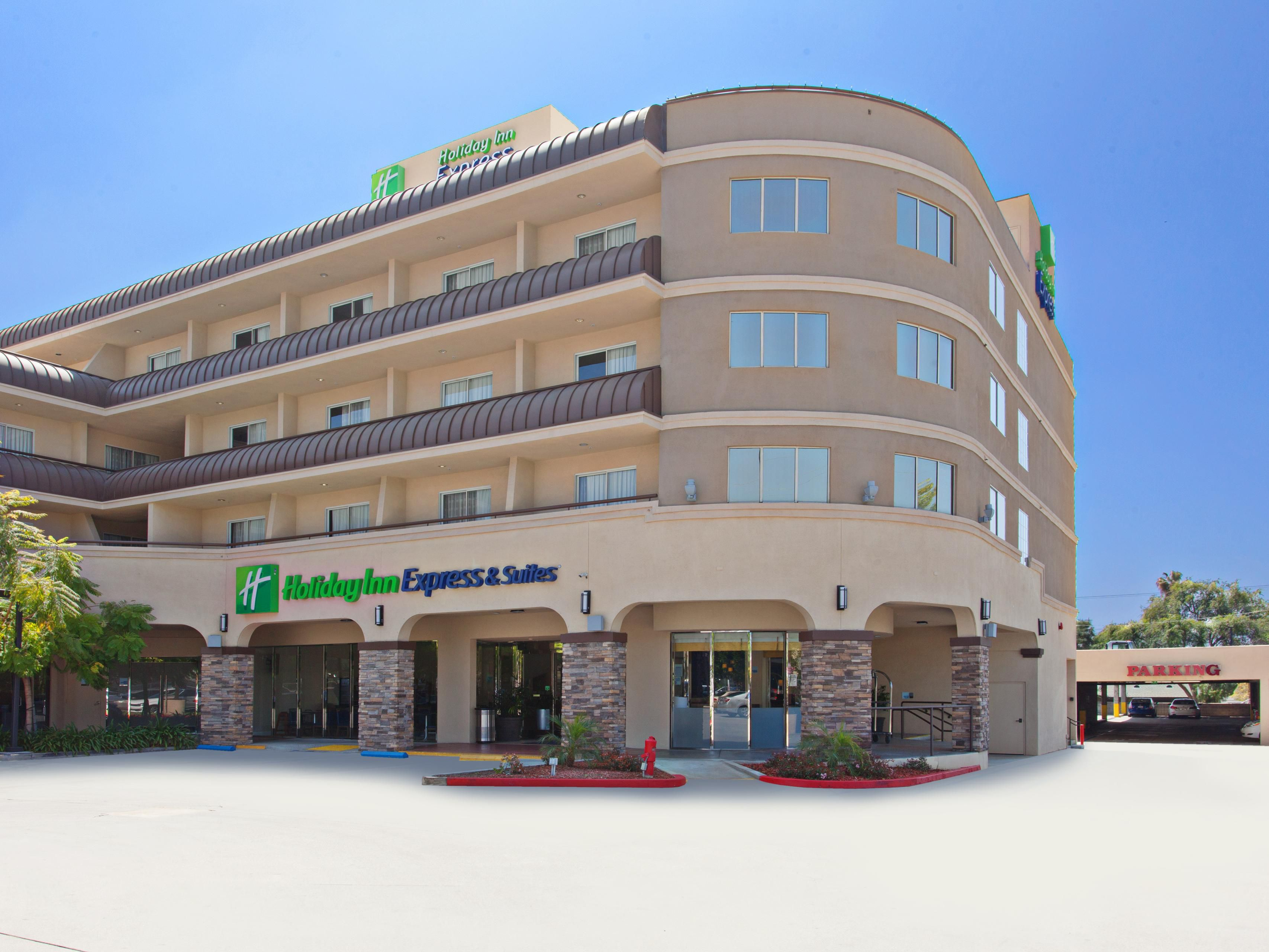 Holiday Inn Express Suites Pasadena Colorado Blvd