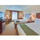 Double Bed Guest Room - Holiday Inn Express & Suites : Porterville
